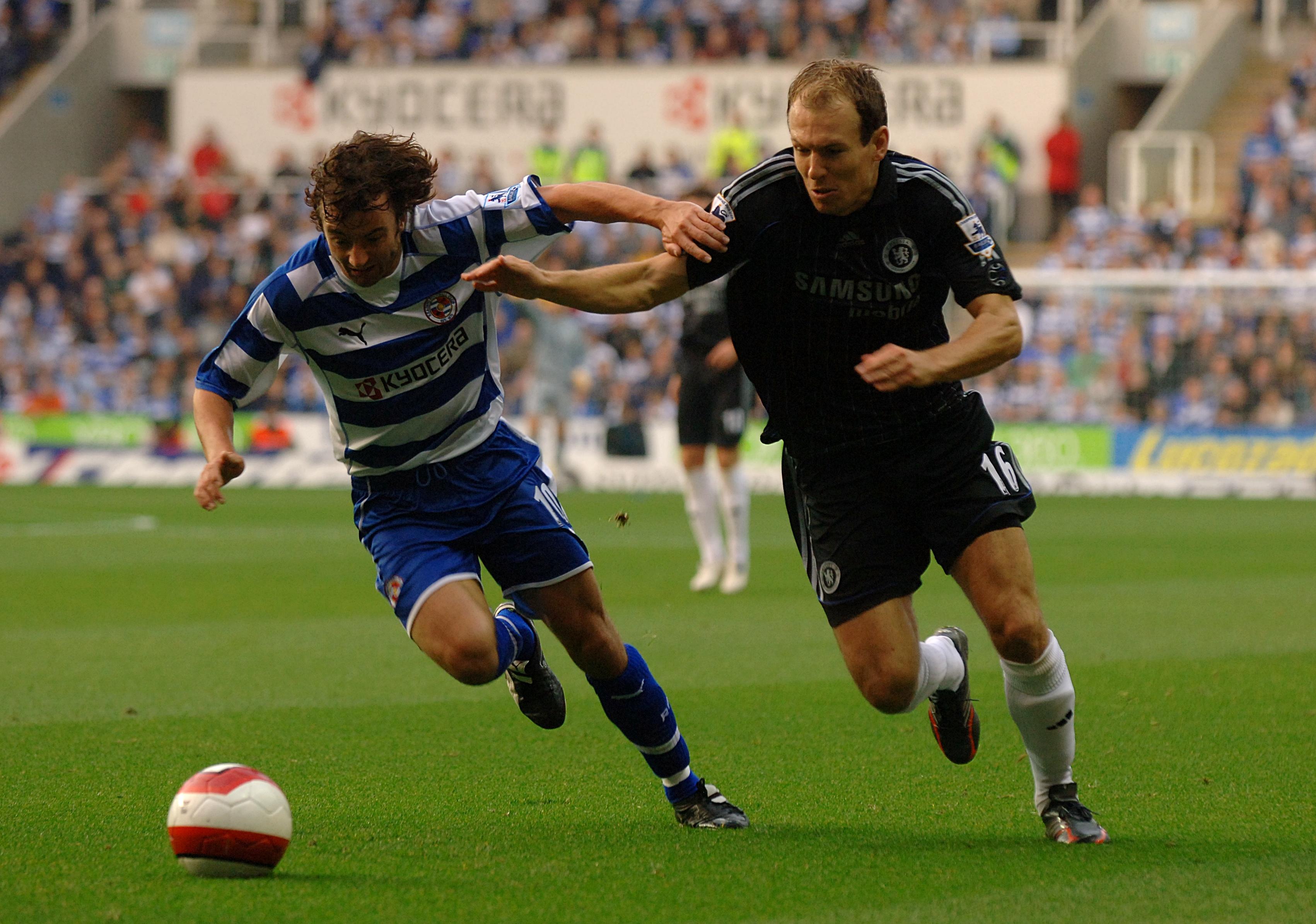 Soccer - FA Barclays Premiership - Reading v Chelsea - Madejski Stadium