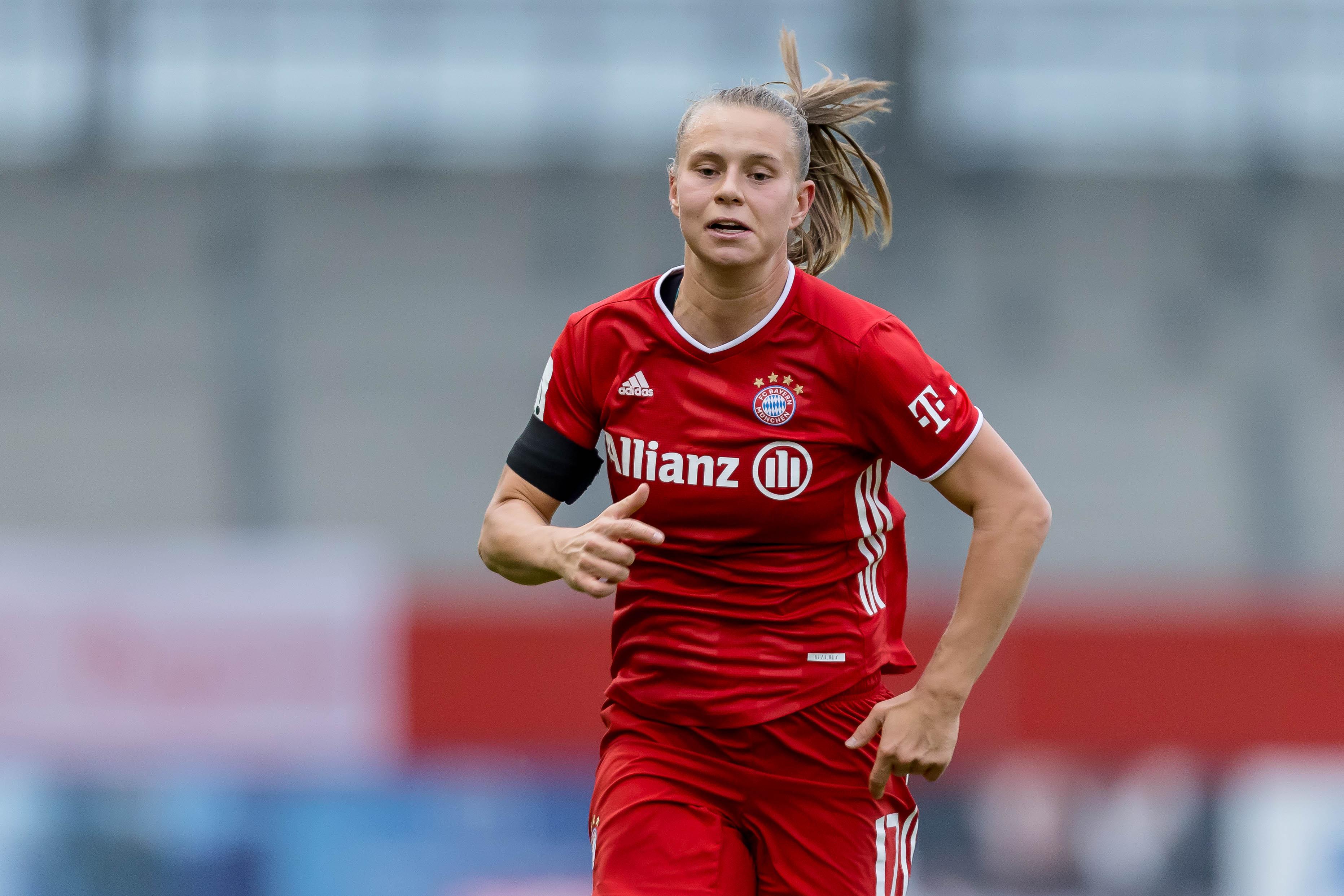 FC Bayern Women v Bayer 04 Leverkusen - Flyeralarm Frauen Bundesliga