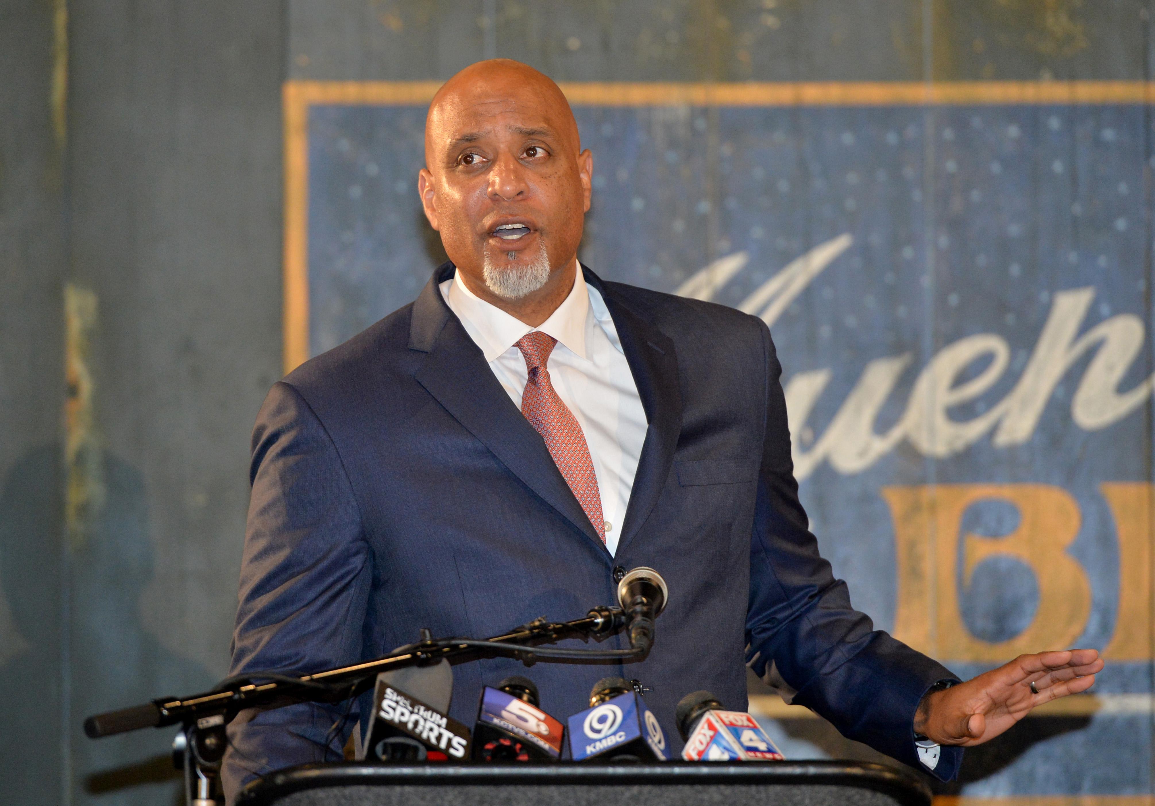 MLB: Negro Leagues Baseball Museum-Press Conference