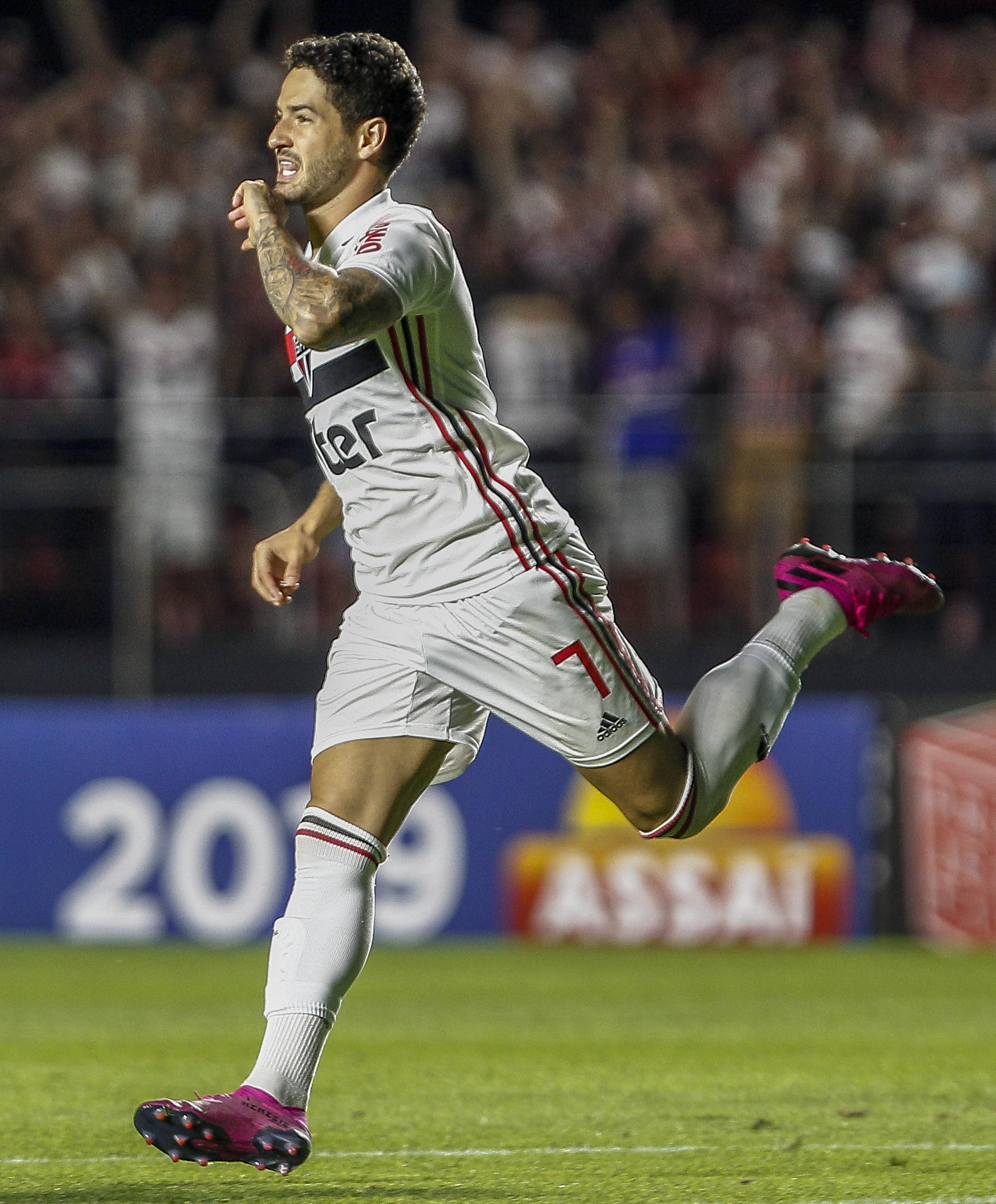 Sao Paulo v Santos - Brasileirao Series A 2019