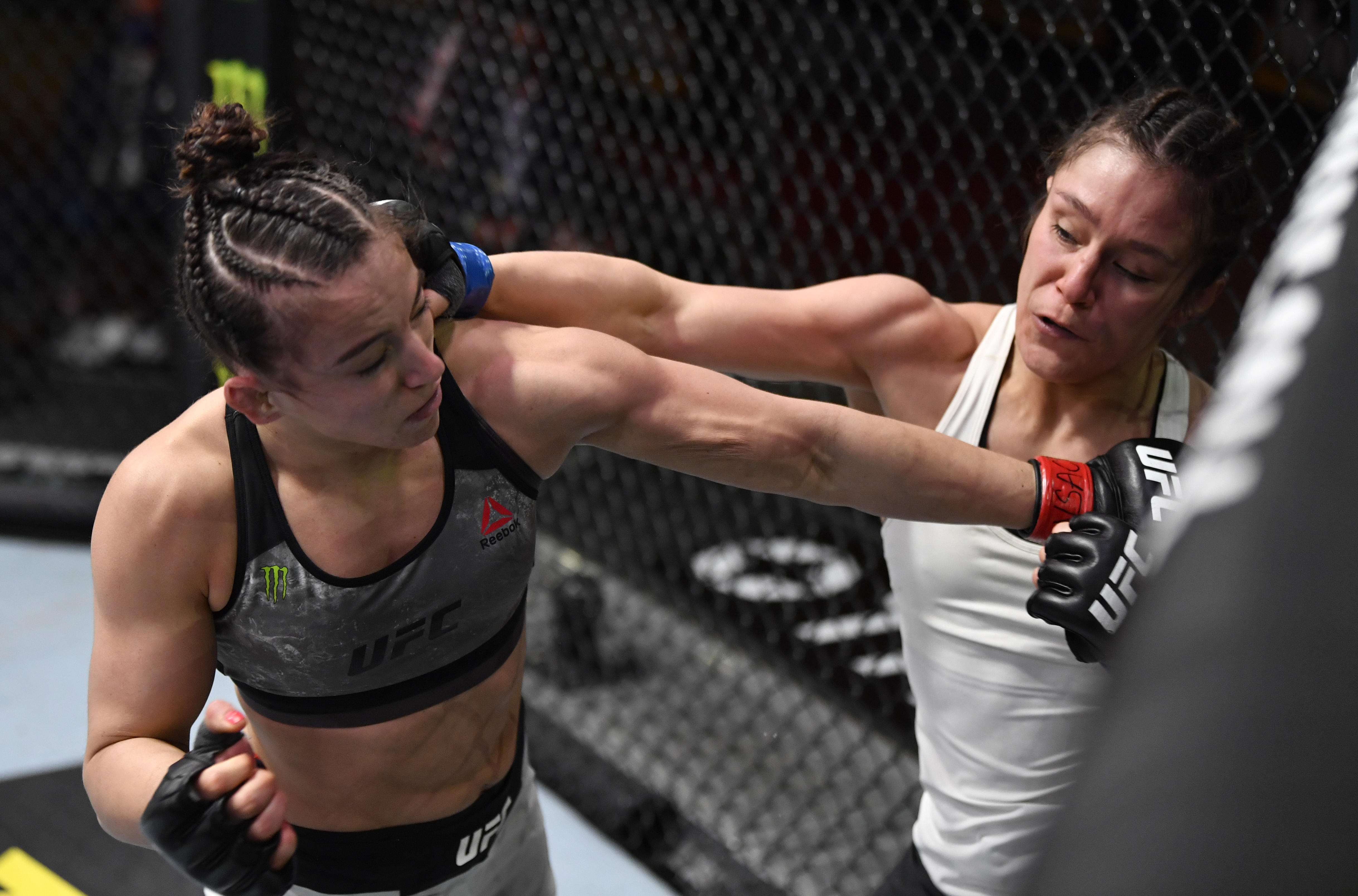 UFC 258: Barber v Grasso