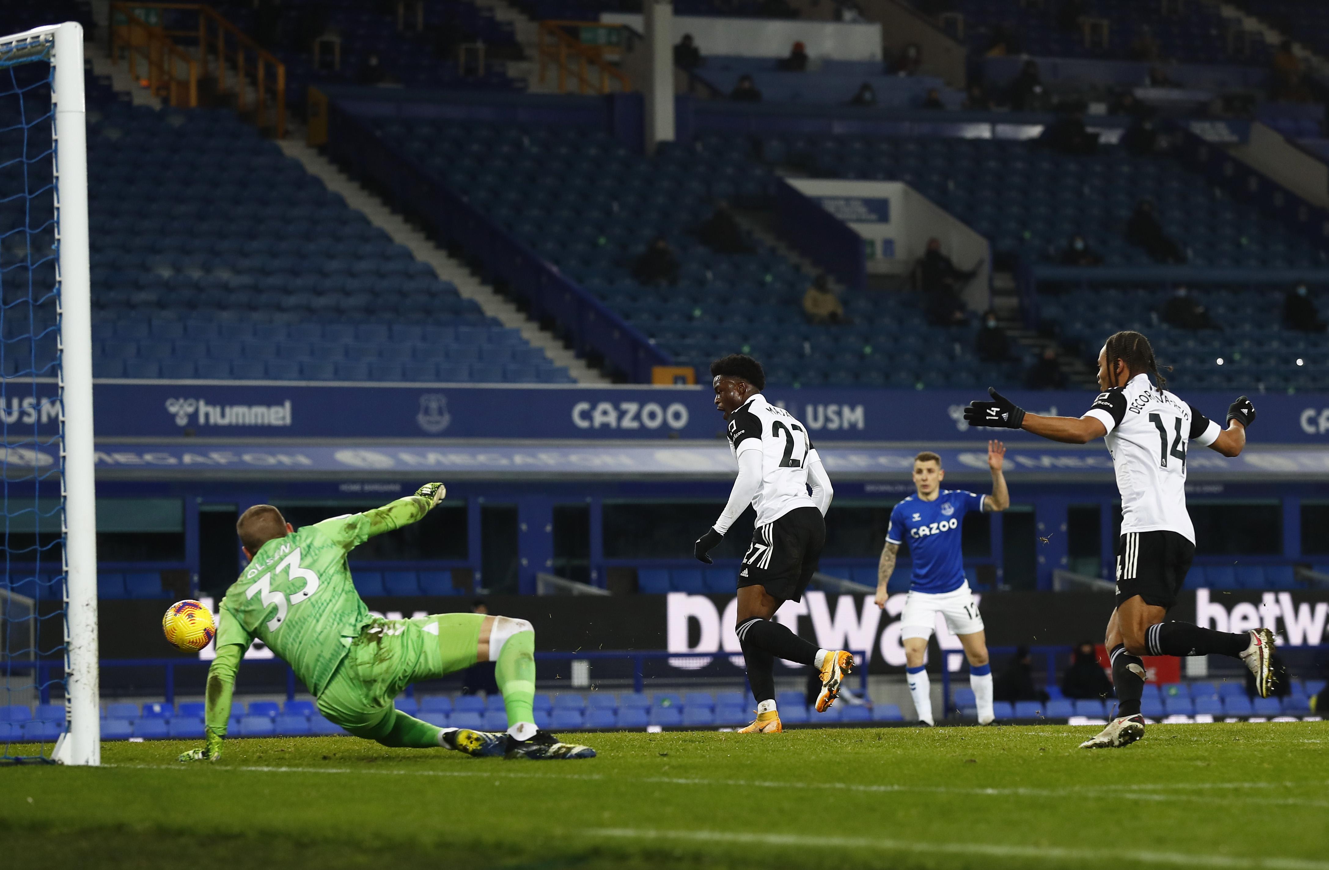 Everton v Fulham - Premier League