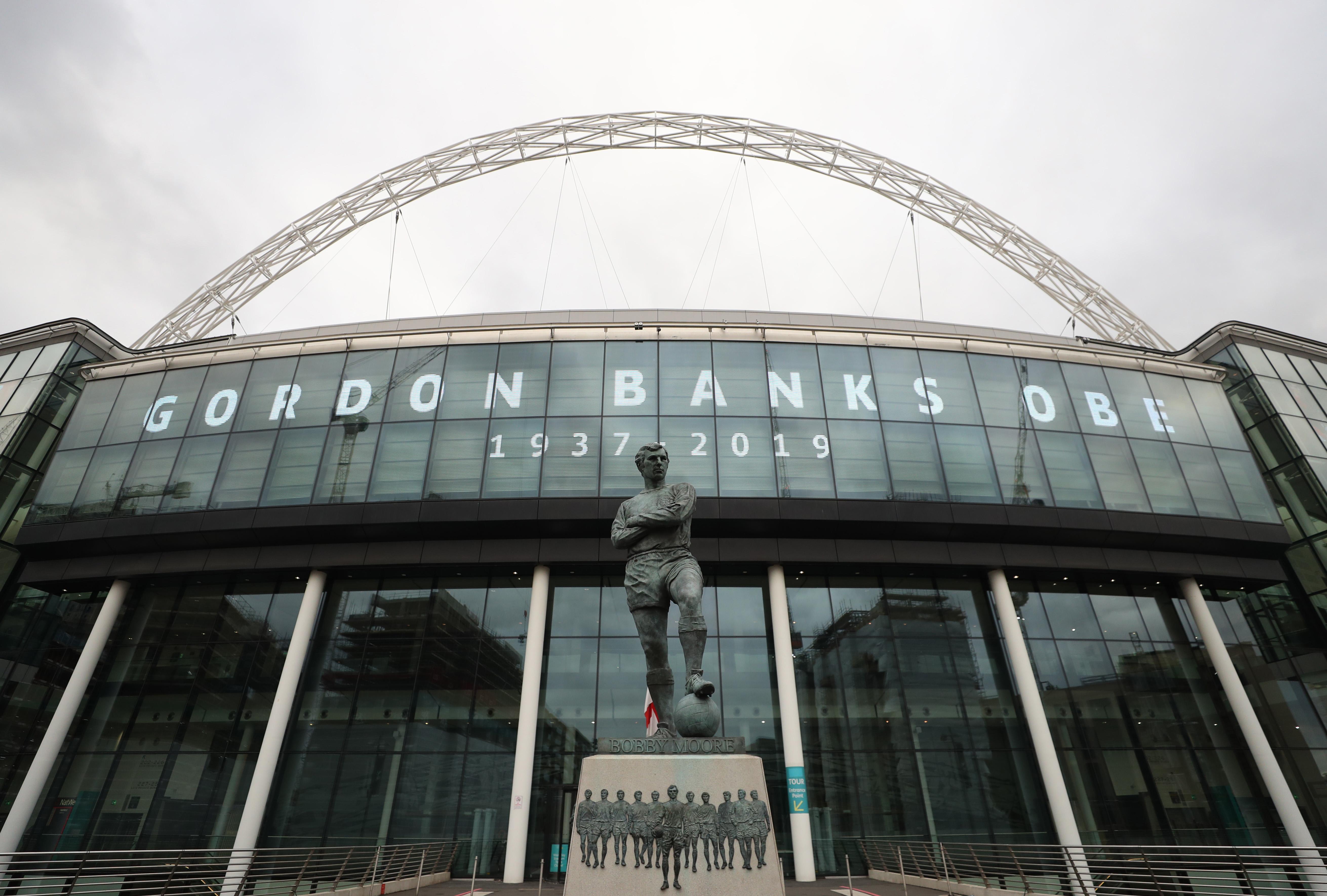 Tributes to Former England Goalkeeper Gordon Banks