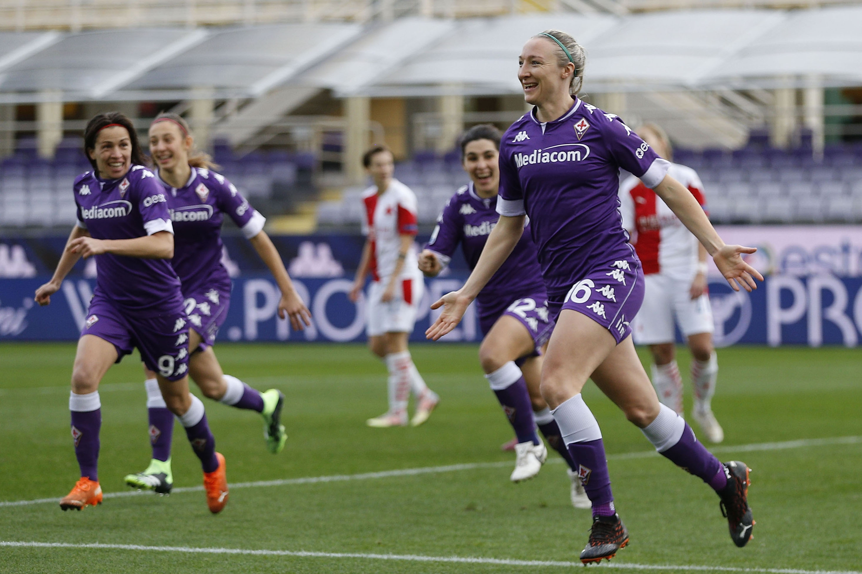 Fiorentina v Slavia Praha - UEFA Women's Champions League Round of 32: First Leg