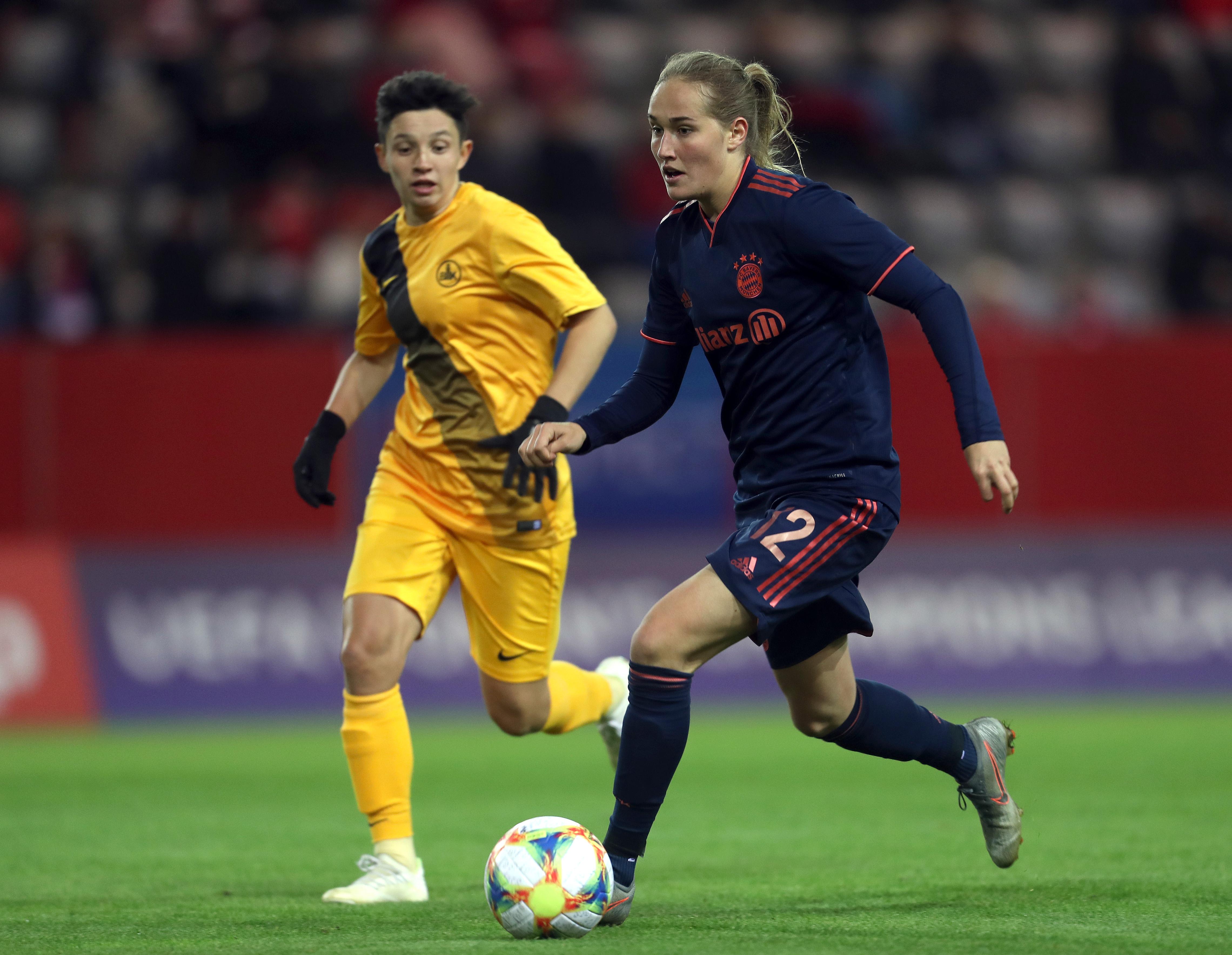 FC Bayern Muenchen Women's v BIIK Kazygurt - UEFA Women's Champions League