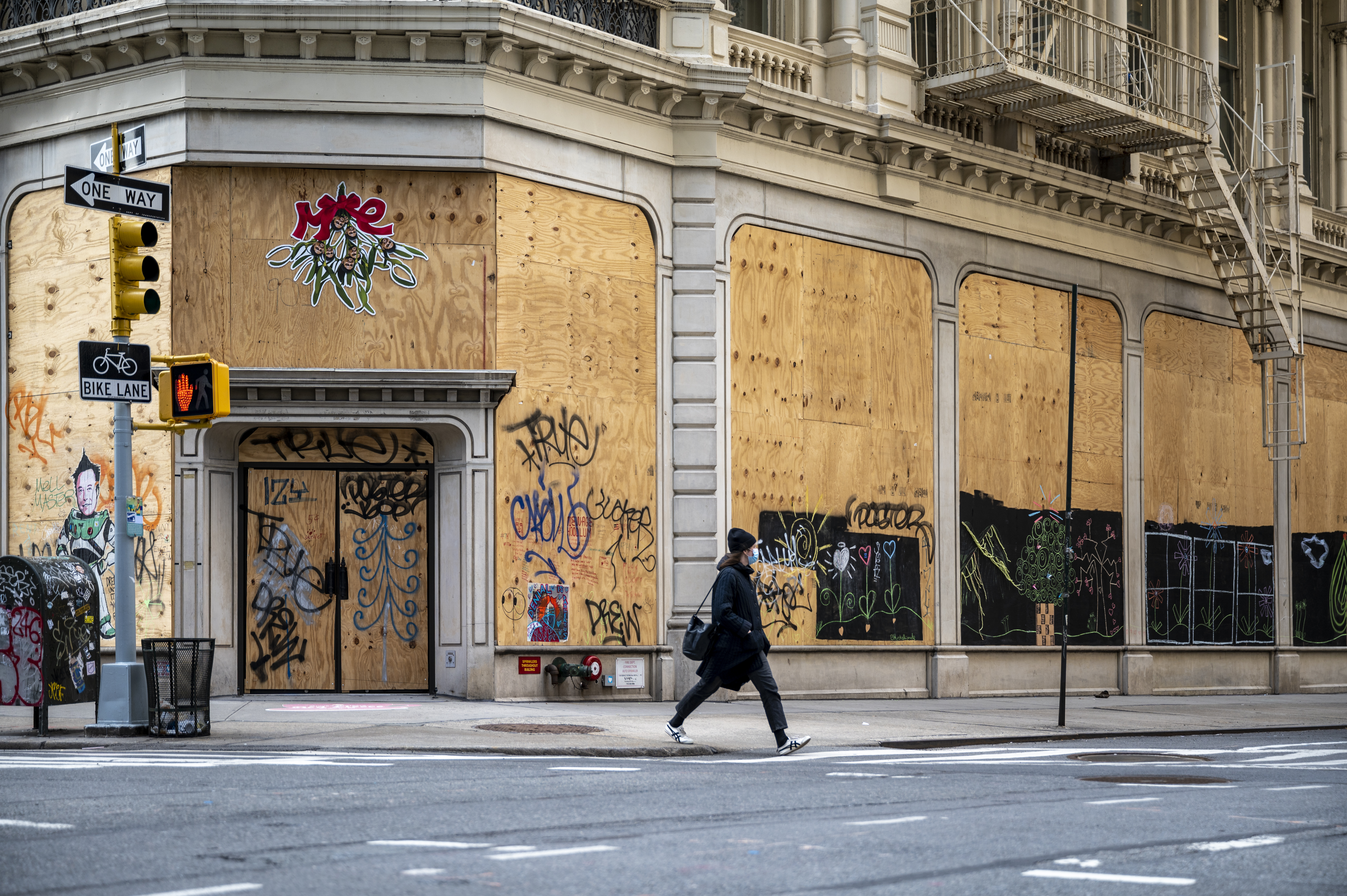 Signs of economic blight on East 20th Street and Broadway in Manhattan, Jan. 22, 2021.