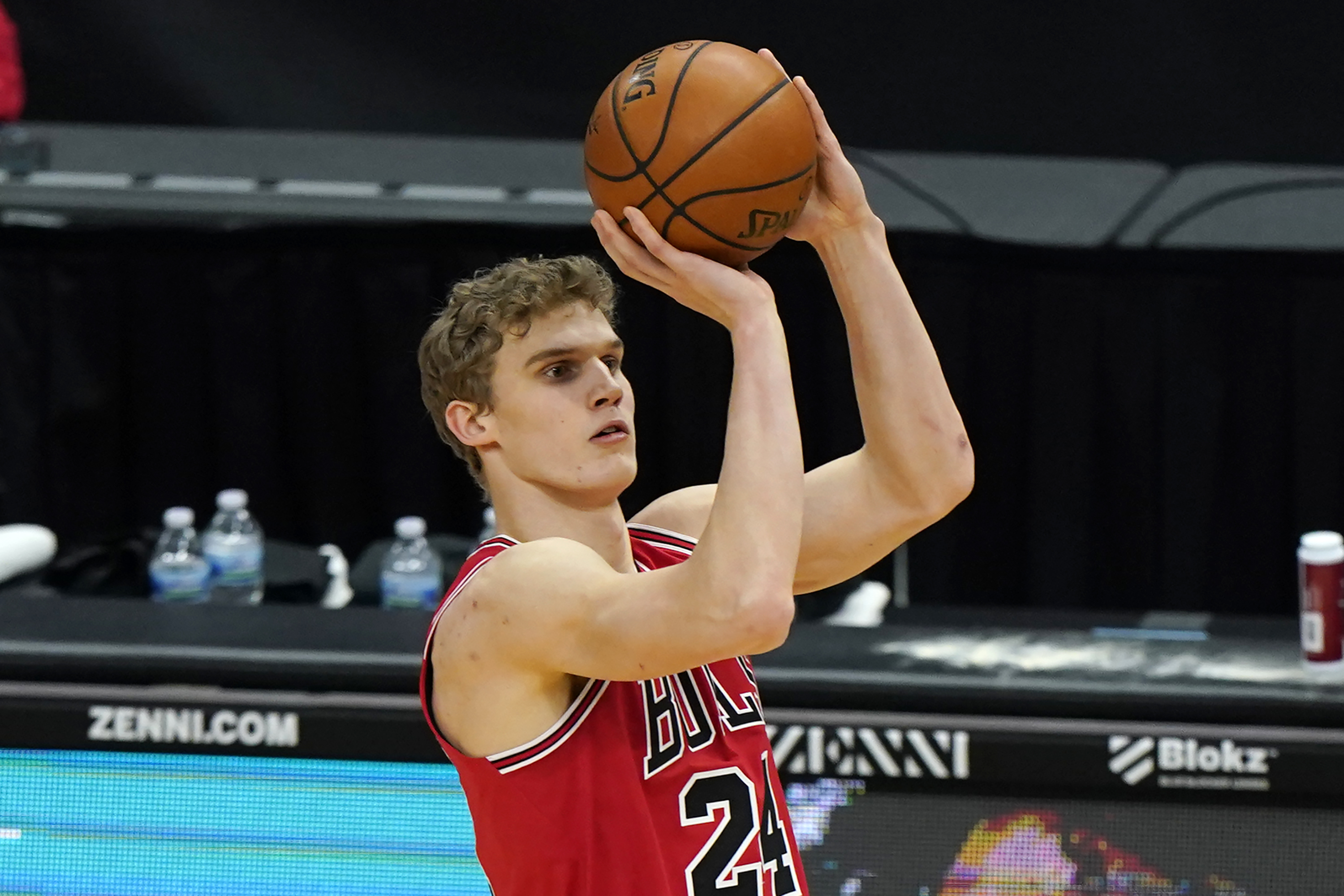 """I still think he's an important piece to our team, an important guy on our team,"" Bulls coach Billy Donovan said of the injured Lauri Markkanen."