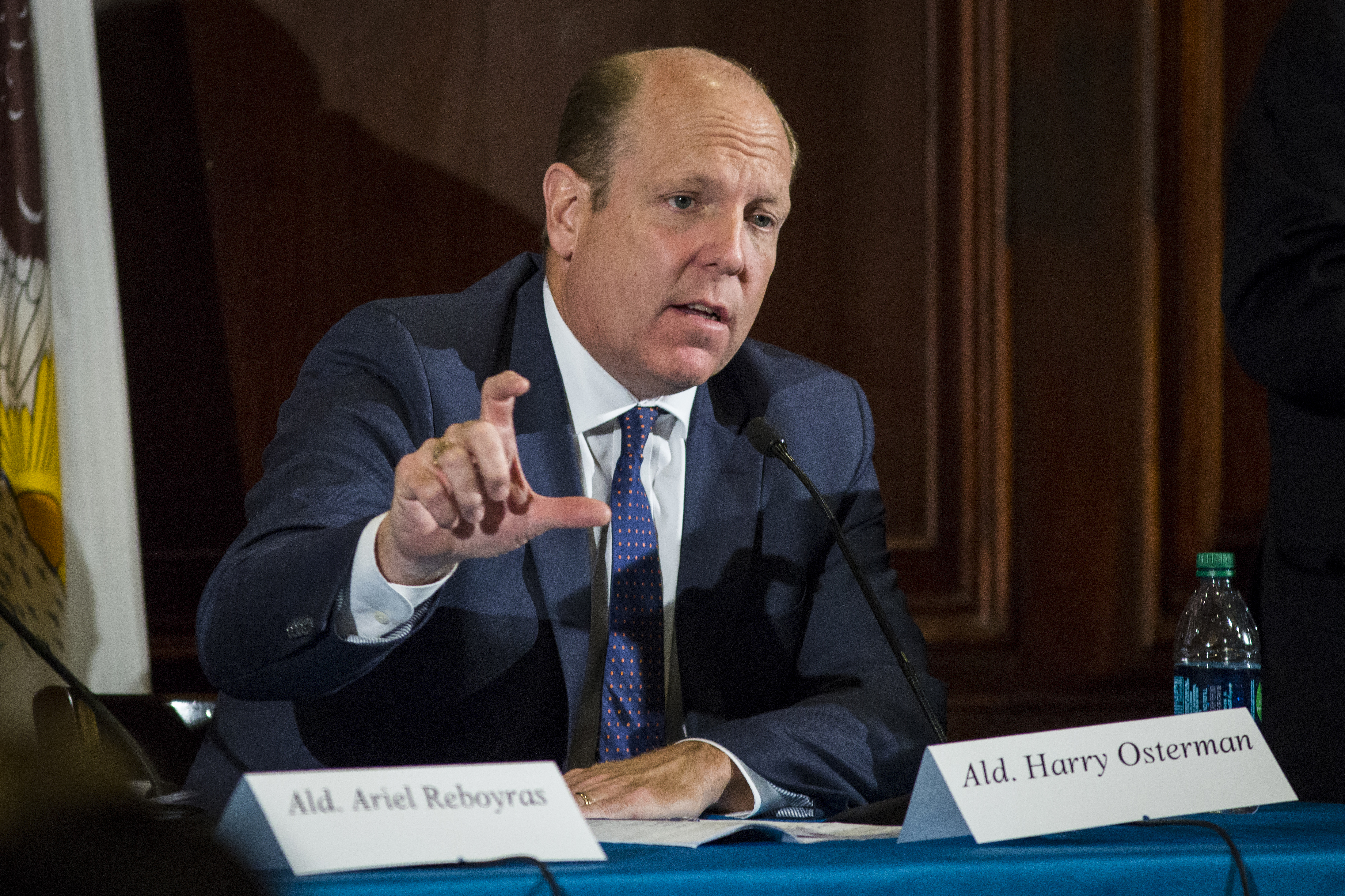Housing Committee Chairman Harry Osterman (48th) at a City Club of Chicago luncheon in May 2018.