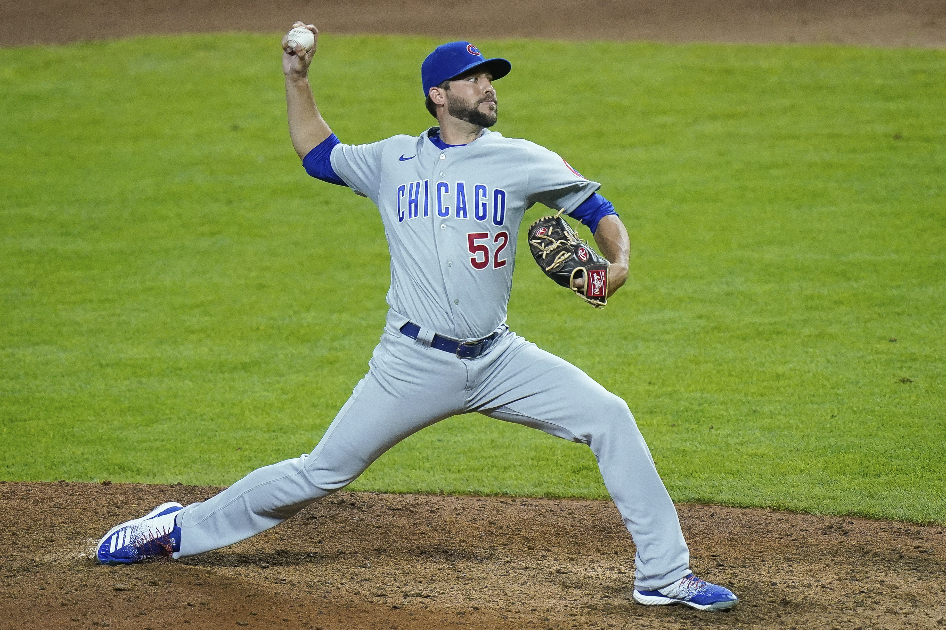 The Cubs will re-sign right-hander Ryan Tepera to a one-year, $800,000 deal.