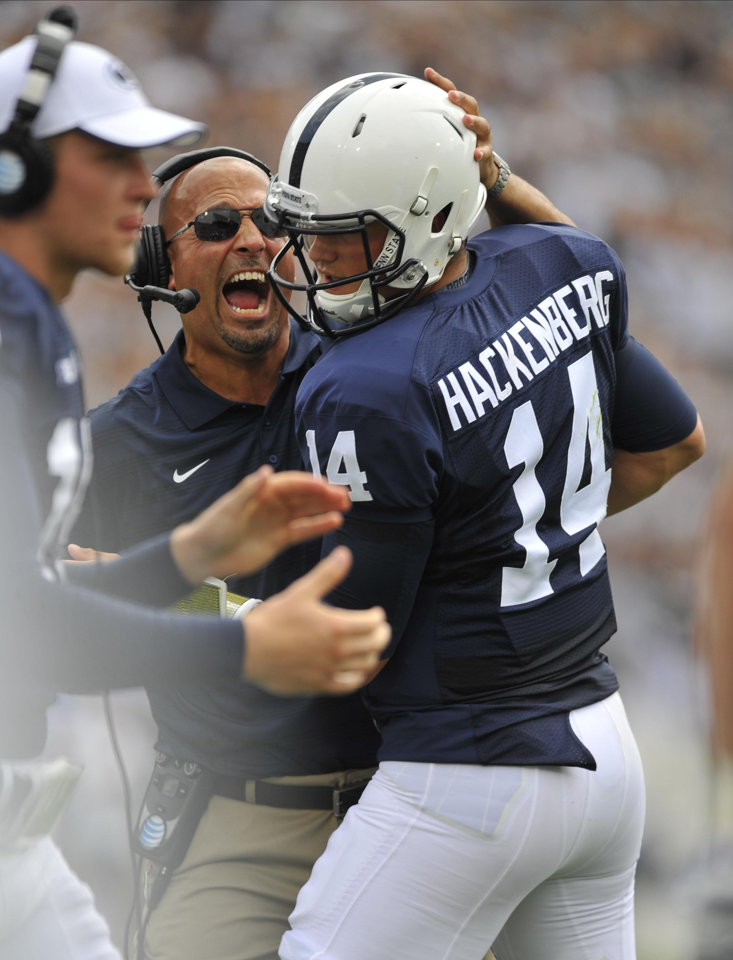 NCAA FOOTBALL: SEP 06 Akron at Penn State