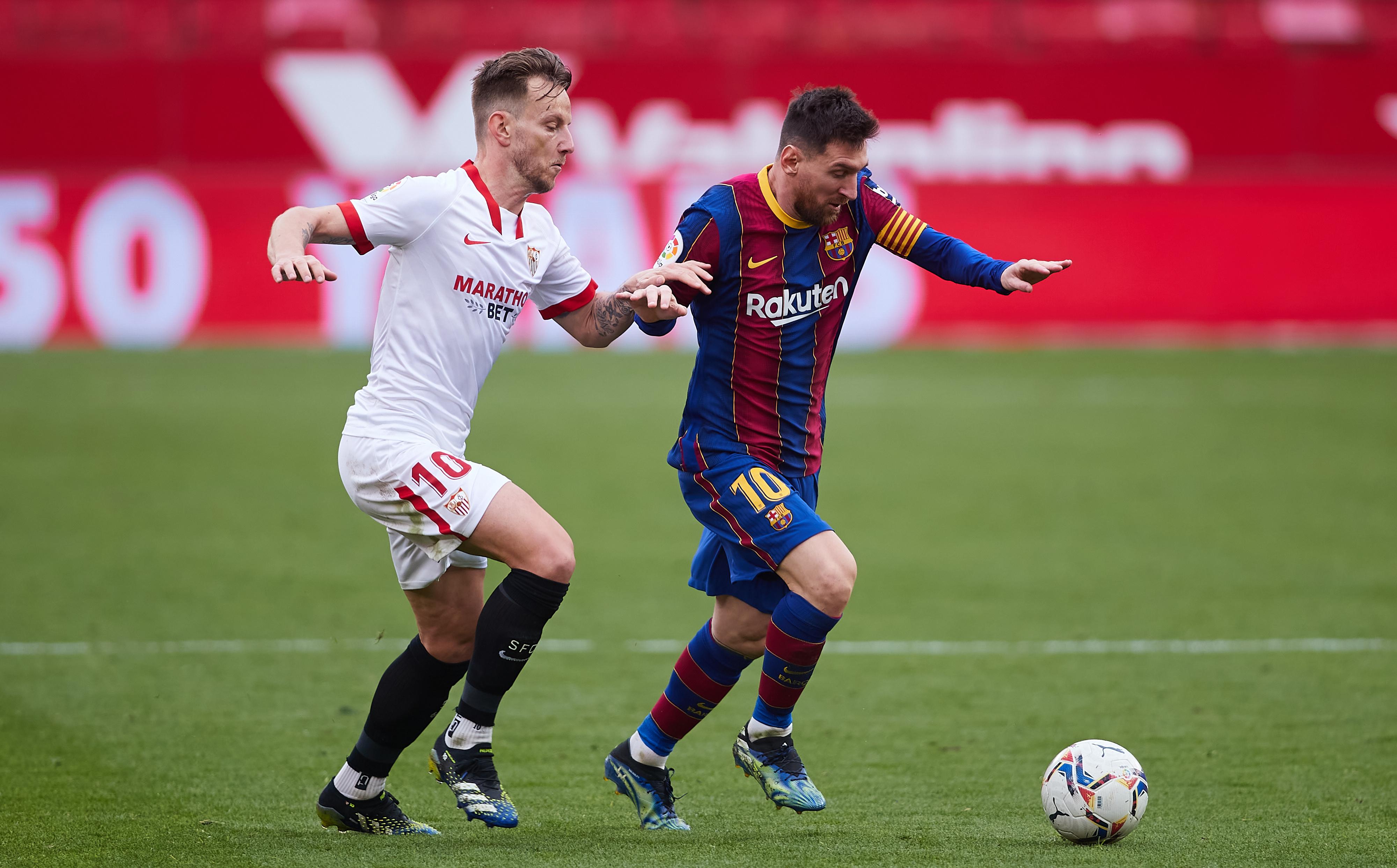 Sevilla FC v FC Barcelona - La Liga Santander