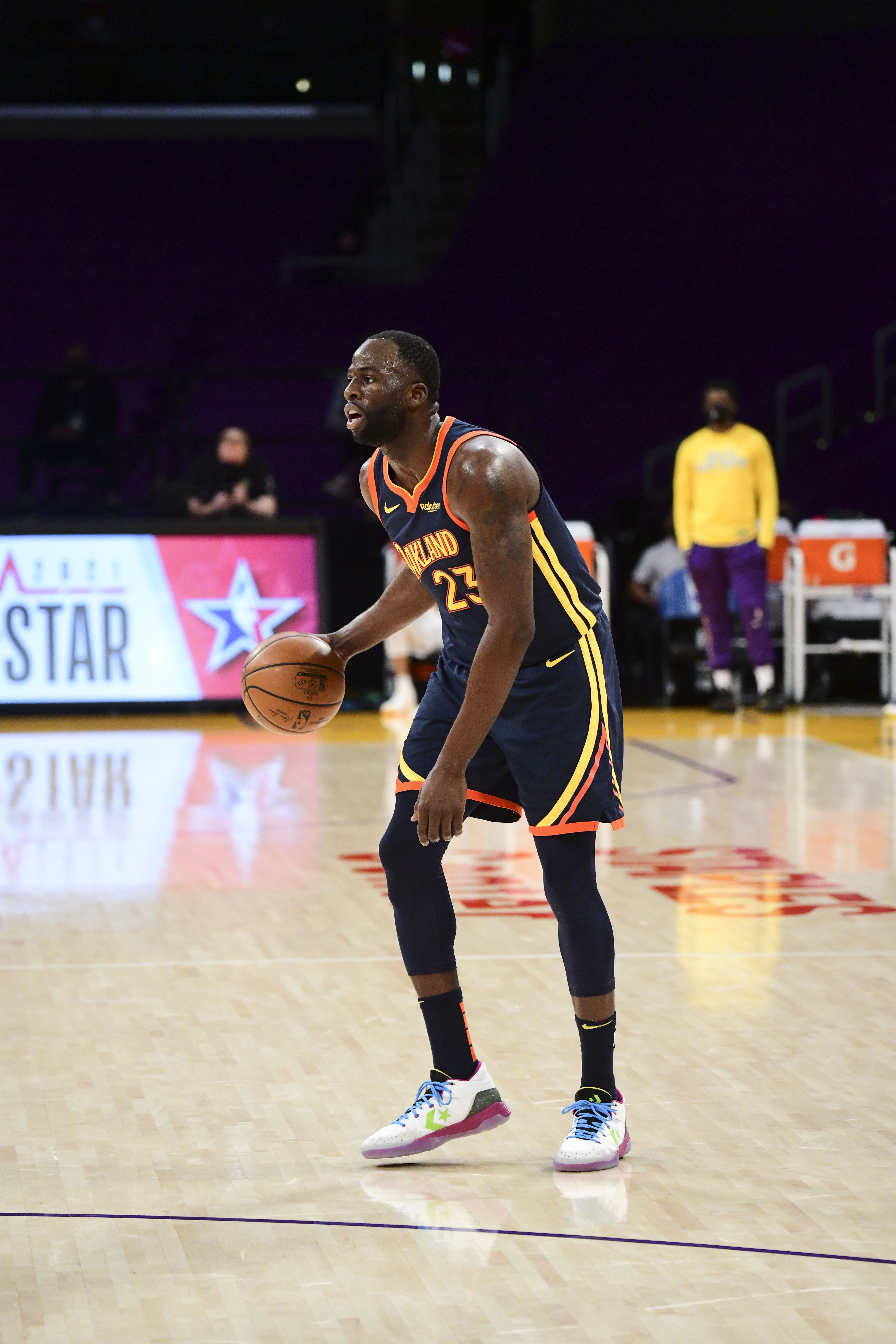 Draymond Green of the Golden State Warriors dribbles during the game against the Los Angeles Lakers on February 28, 2021 at STAPLES Center in Los Angeles, California.