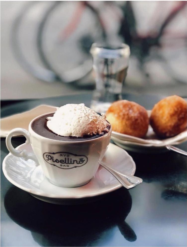 Hot chocolate at Bar Pisellino