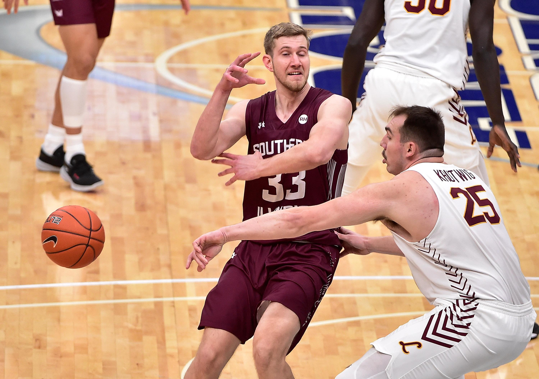NCAA Basketball: Missouri Valley Conference Tournament-Loyola vs Southern Illinois