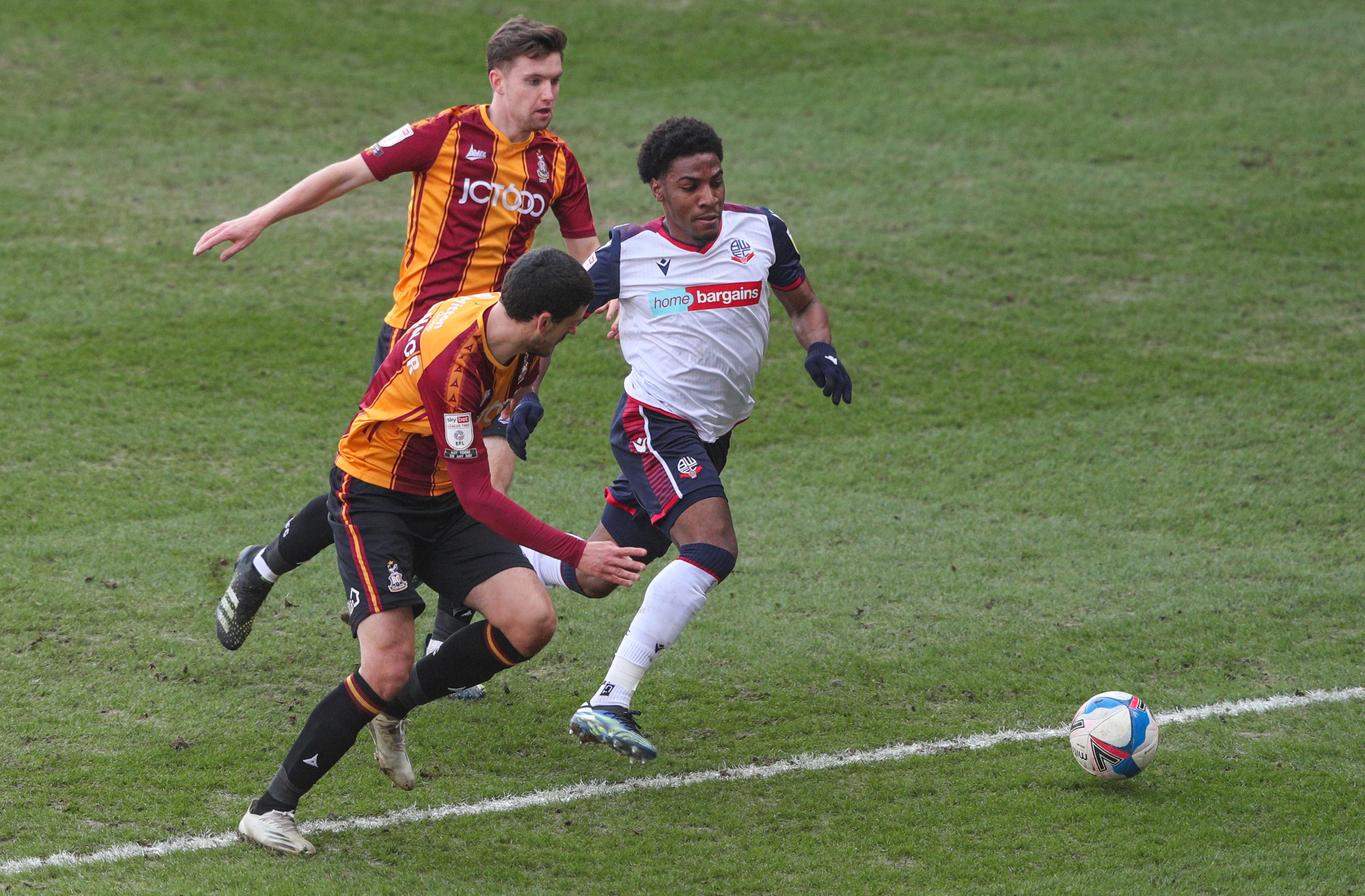 Bradford City v Bolton Wanderers - Sky Bet League Two