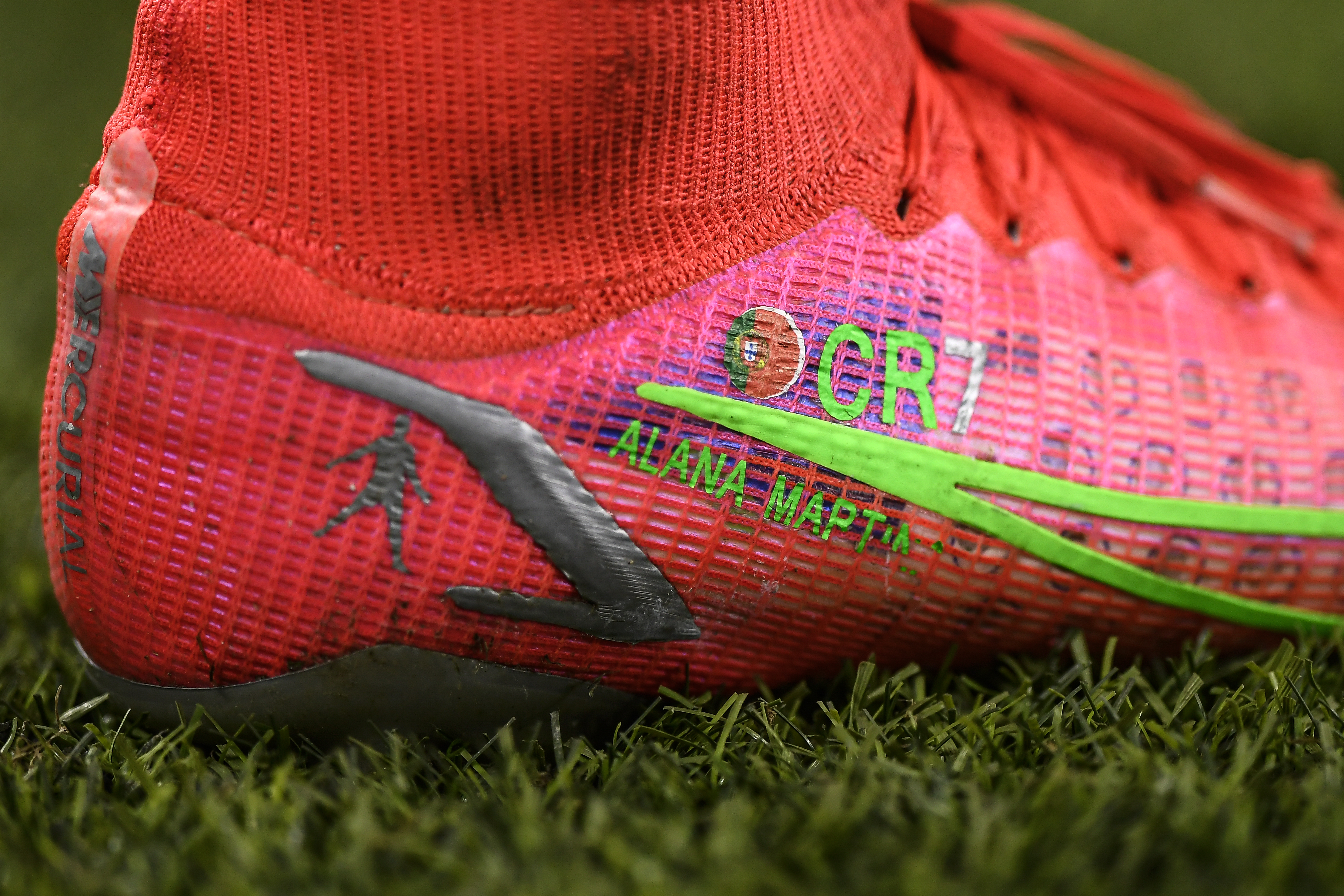 "Detailed close-up of Cristiano Ronaldo's ""CR7"" Nike shoes - Juventus FC - UEFA Champions League"