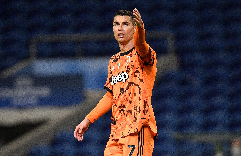 FC Porto v Juventus - UEFA Champions League Round Of 16 Leg One