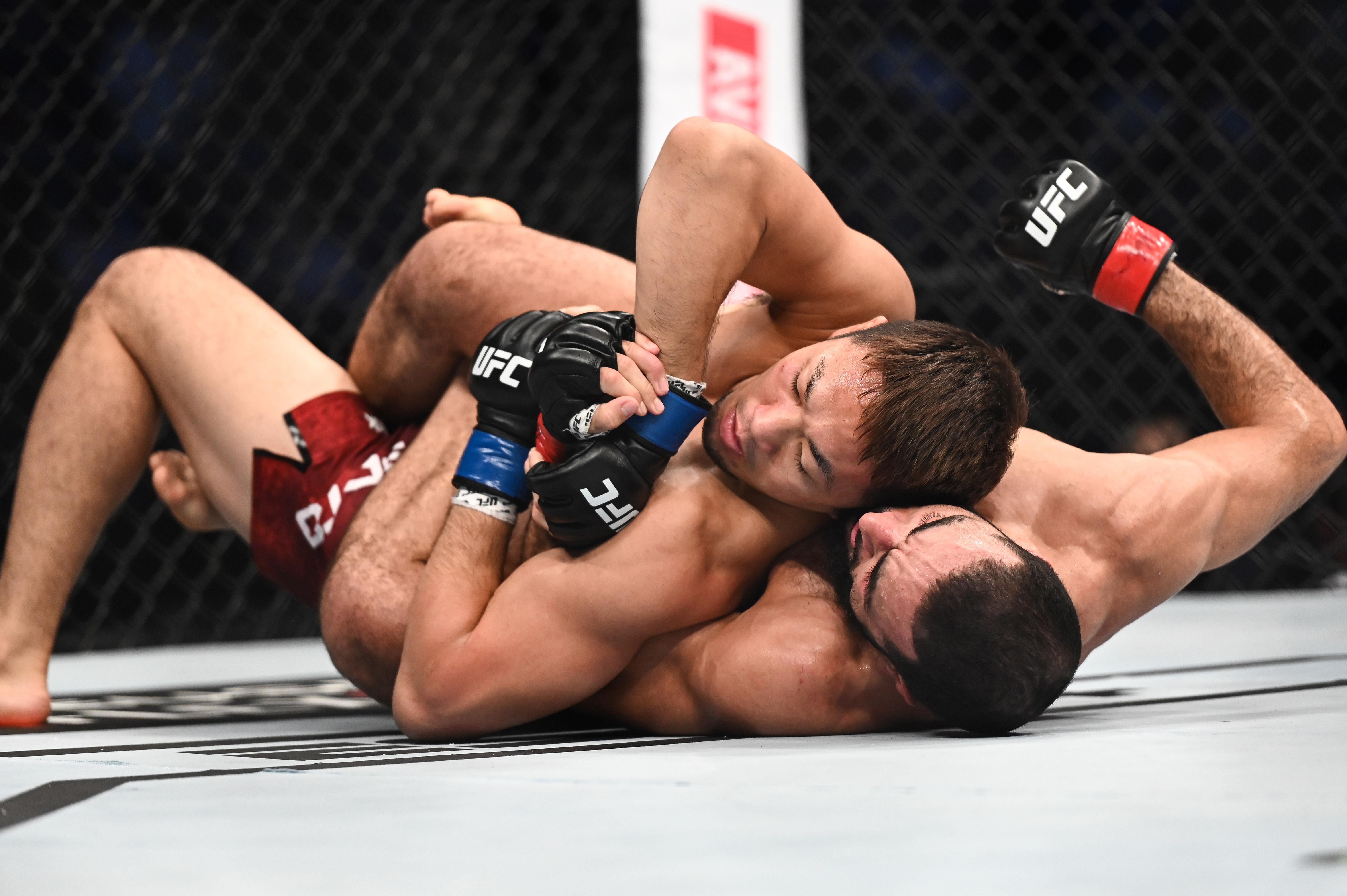 MMA: UFC 242- Muhammad vs Sato