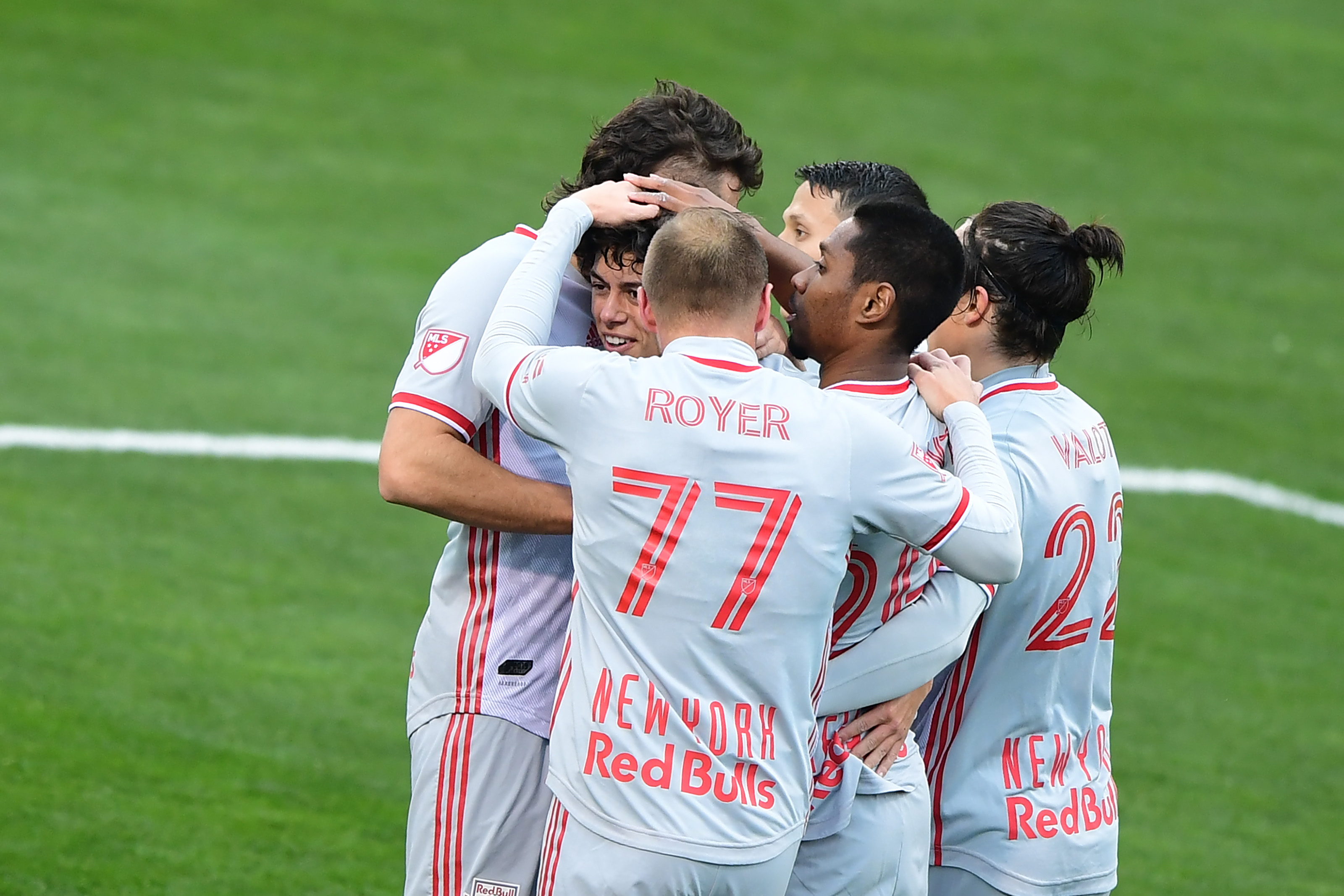 New York Red Bulls v Columbus Crew SC: Round One - MLS Cup Playoffs