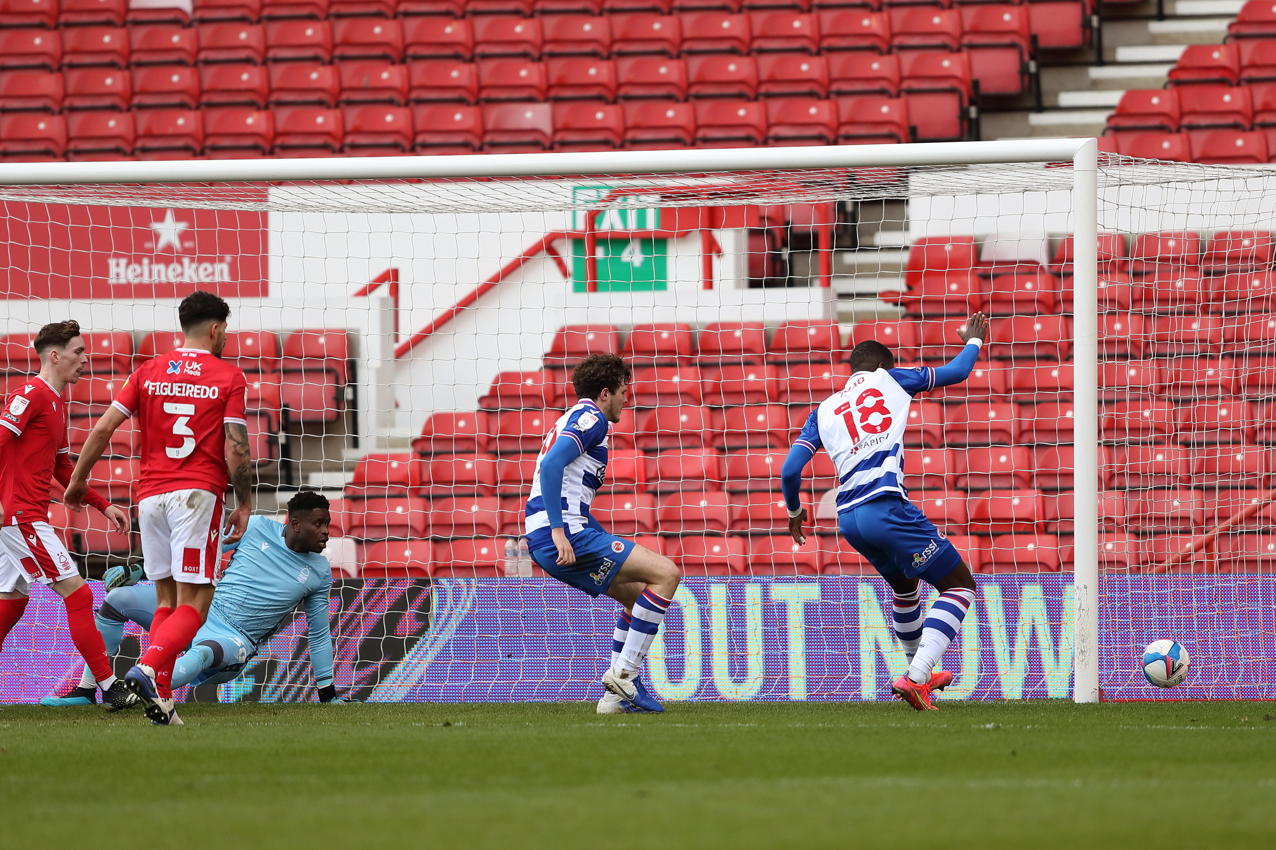 Nottingham Forest v Reading - Sky Bet Championship