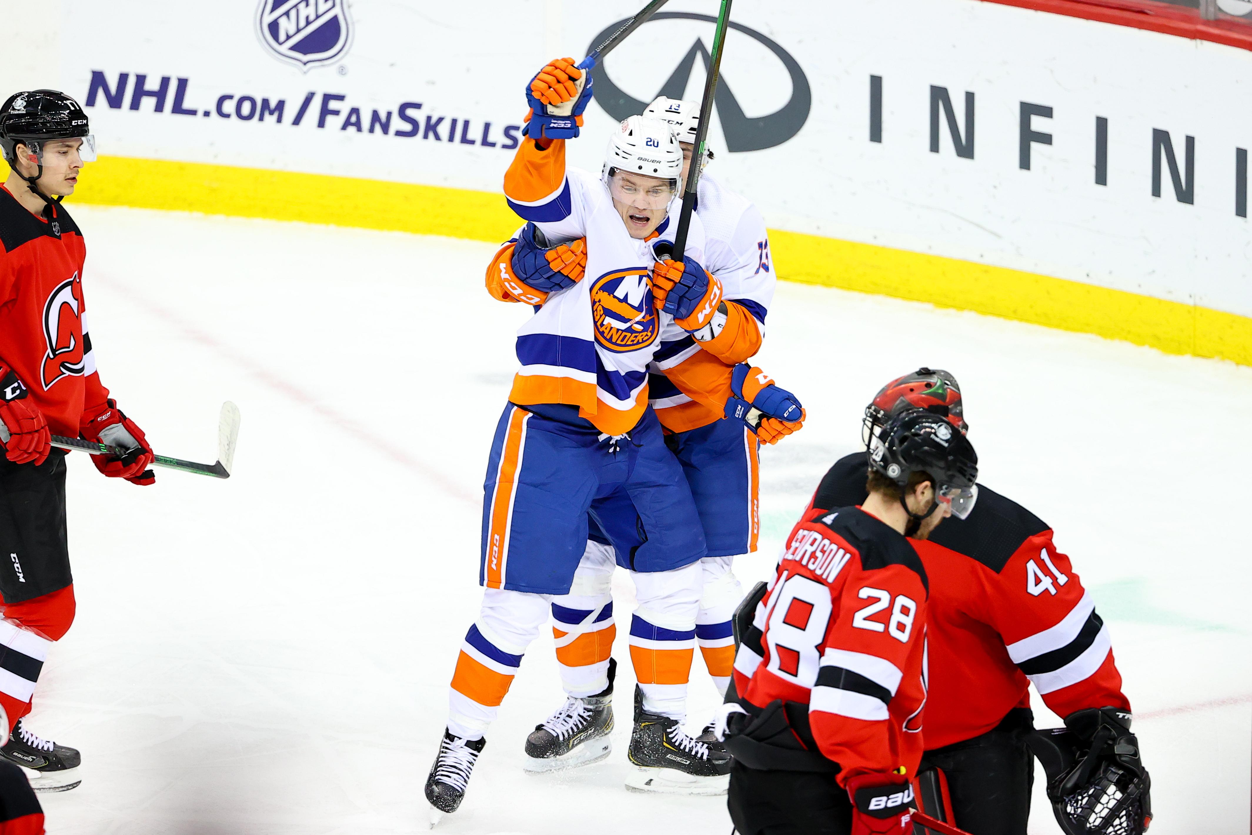 NHL: MAR 14 Islanders at Devils