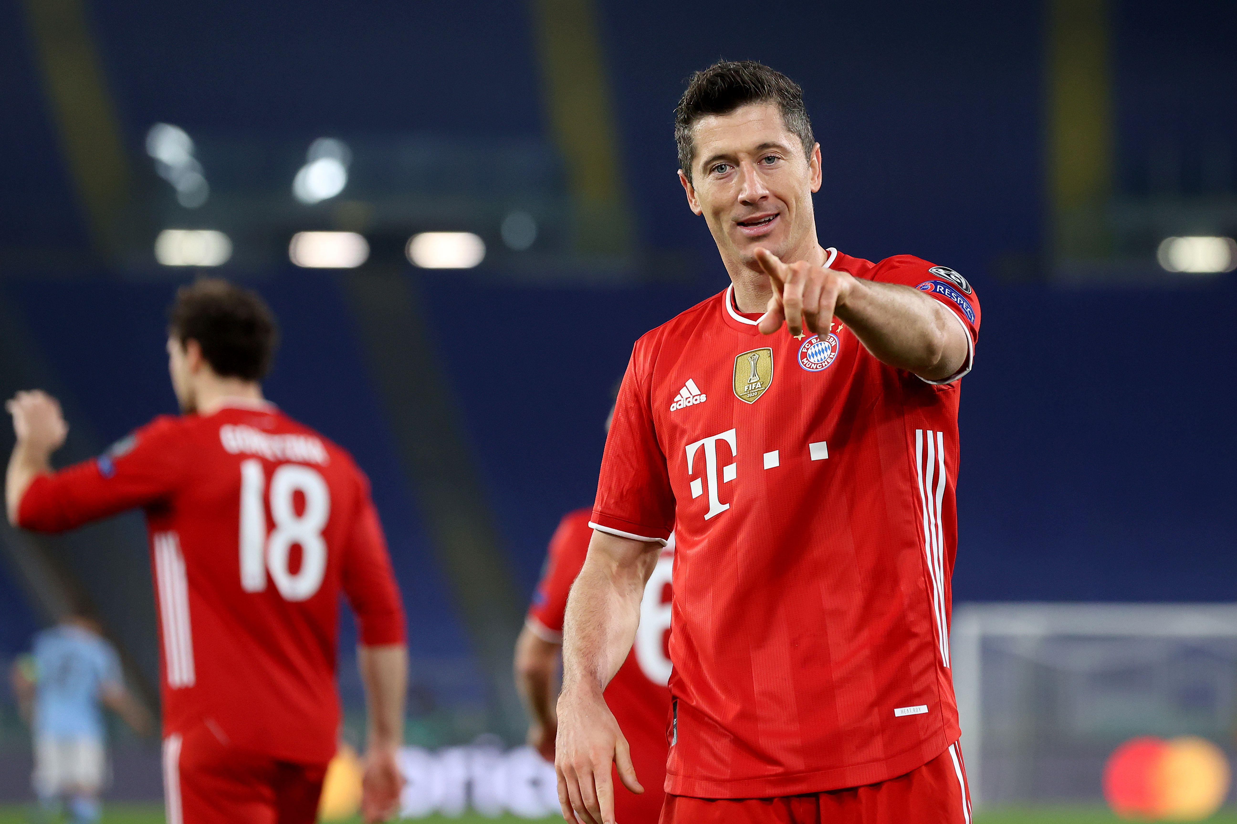 Robert Lewandowski - Bayern Muenchen - UEFA Champions League Round Of 16 Leg One