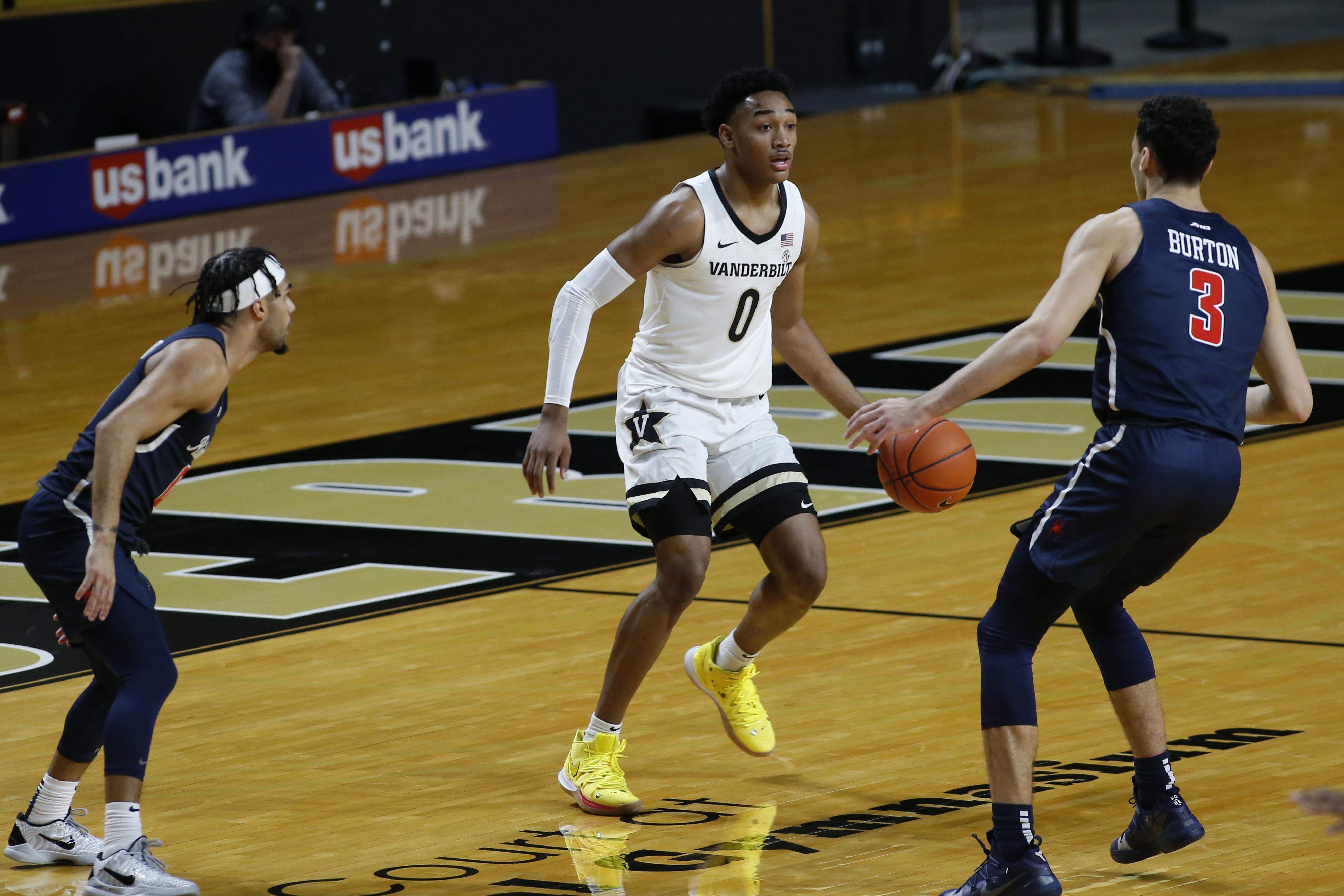 COLLEGE BASKETBALL: DEC 16 Richmond at Vanderbilt