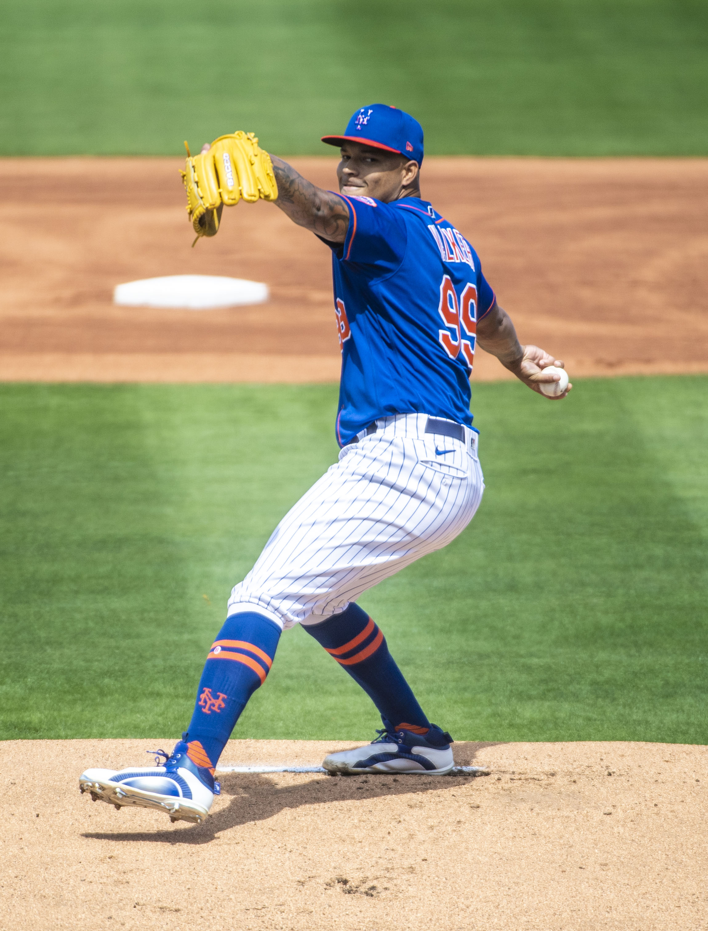 New York Mets' Taijuan Walker throwing in spring training game