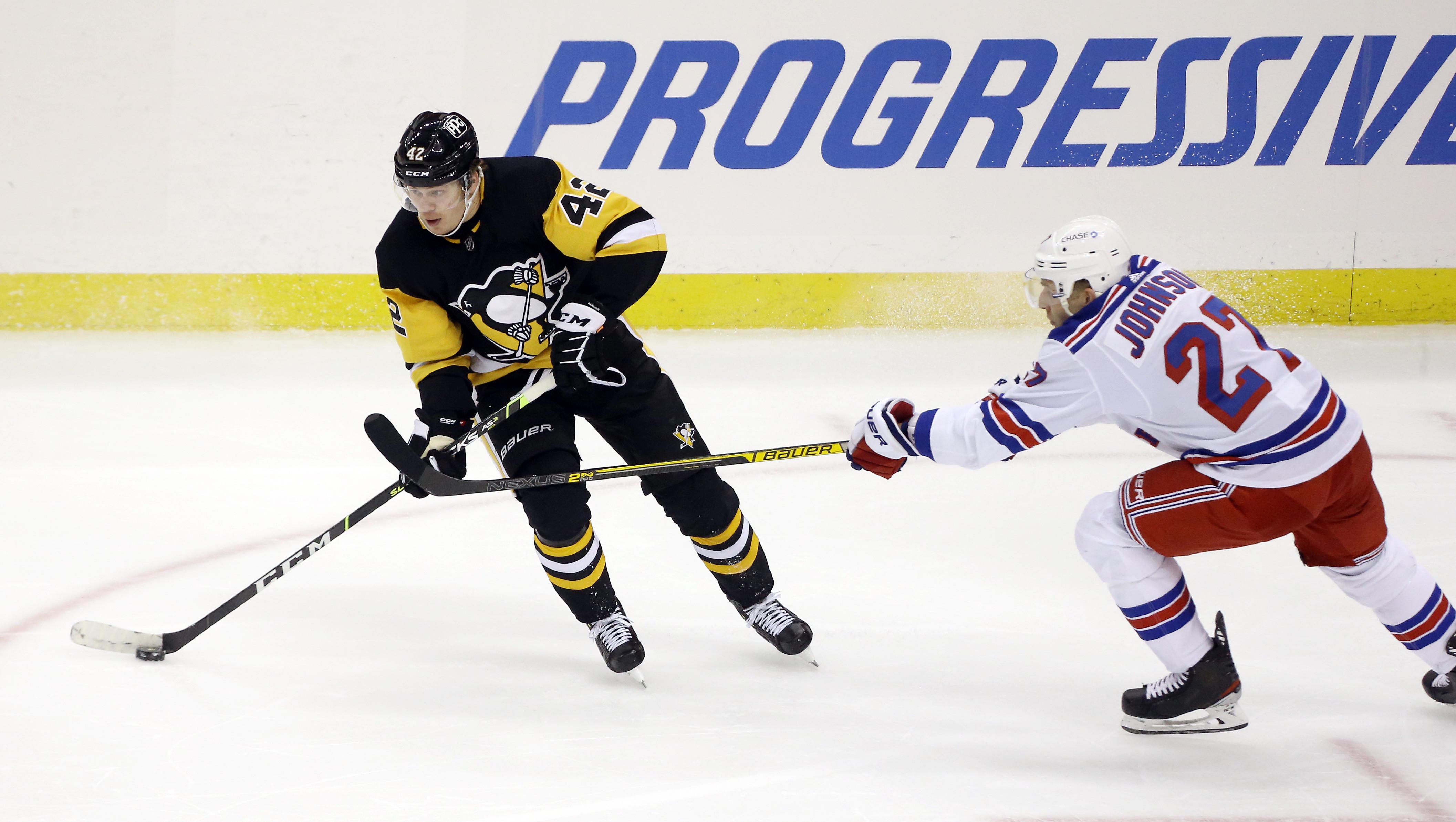 NHL: New York Rangers at Pittsburgh Penguins