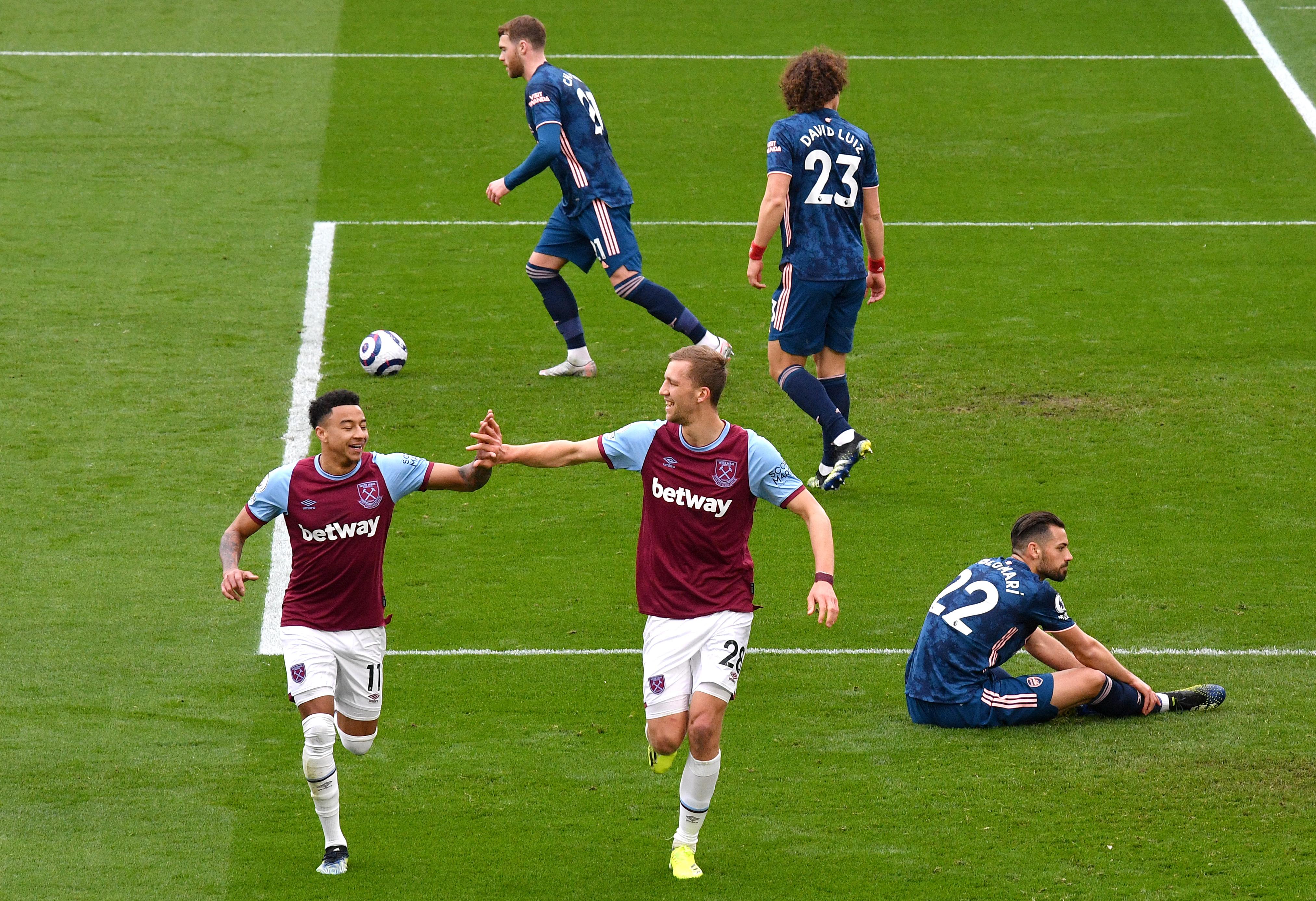 Tomas Soucek celebrates with Jesse Lingard - West Ham United - Premier League