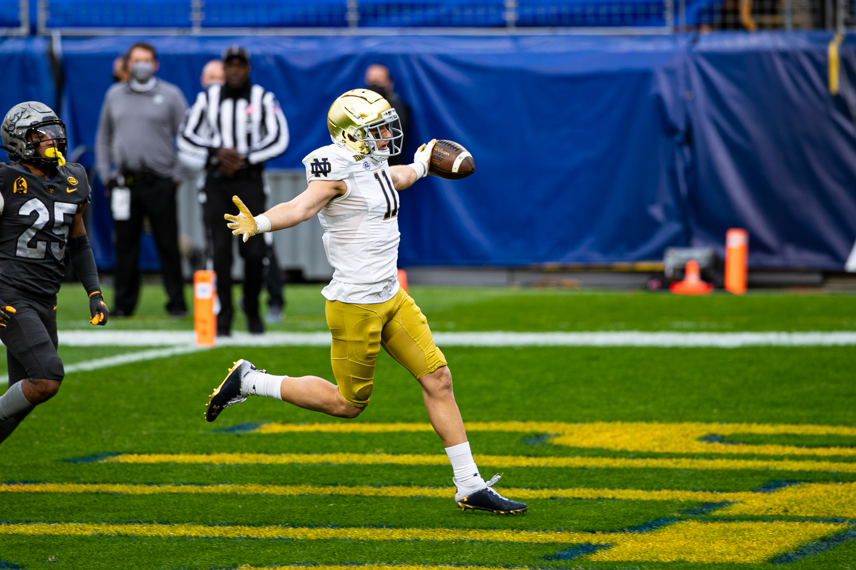 COLLEGE FOOTBALL: OCT 24 Notre Dame at Pitt