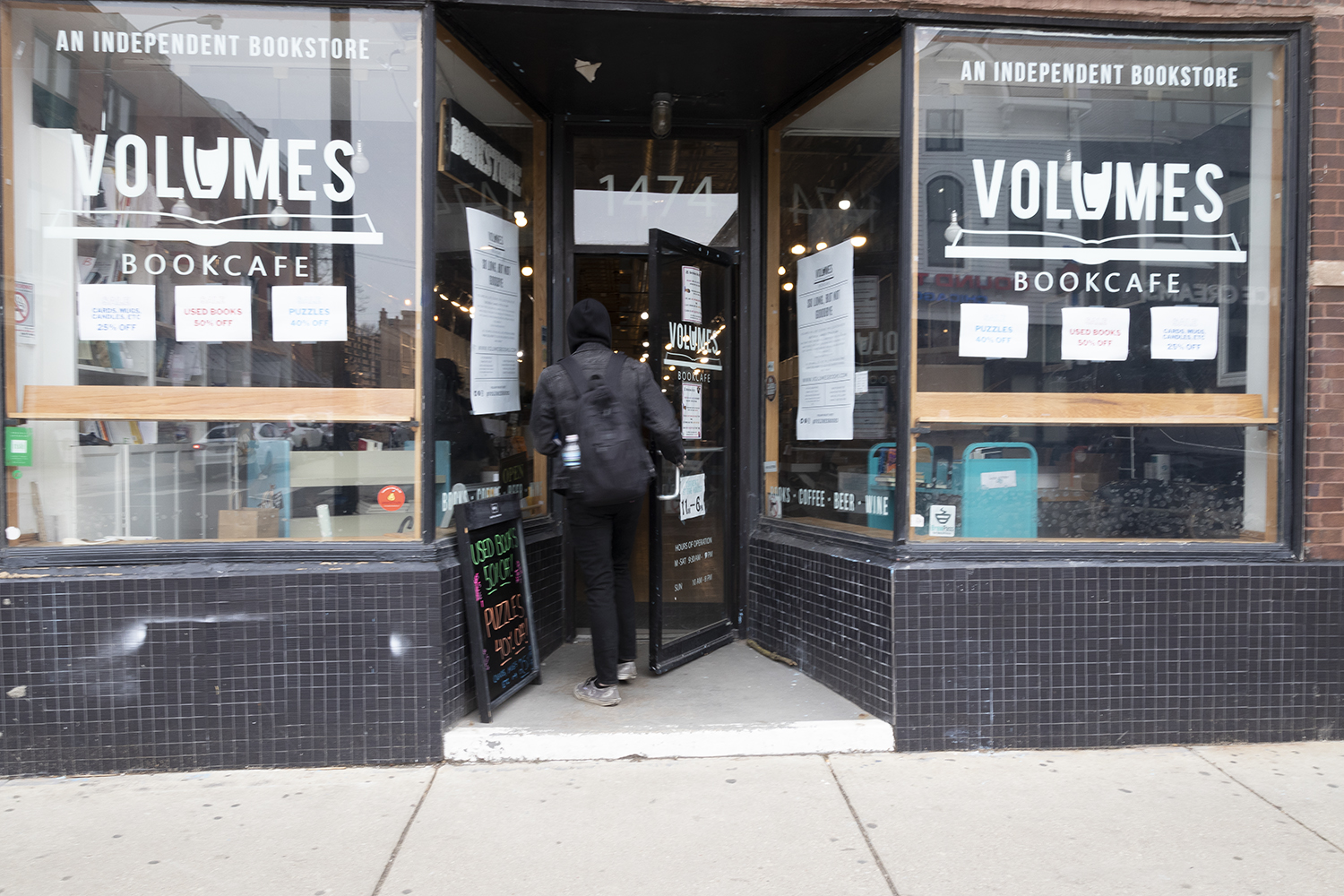 Volumes Bookcafe is closing its storefront in Wicker Park. Its last day will be Saturday, March 27, 2021, though the online store will continue. The owners hope to find a new location.