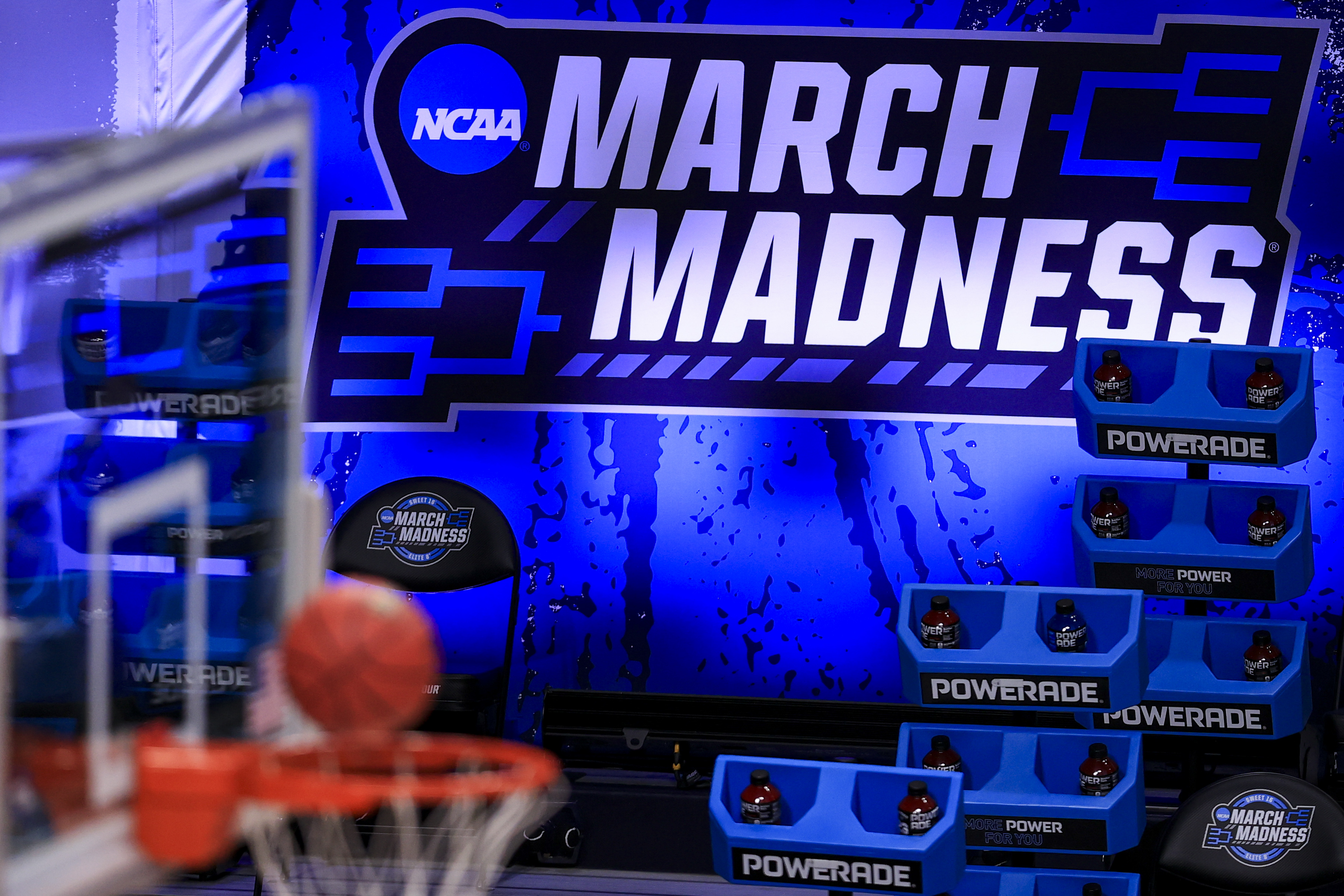 NCAA Basketball: NCAA Tournament-Syracuse at Houston