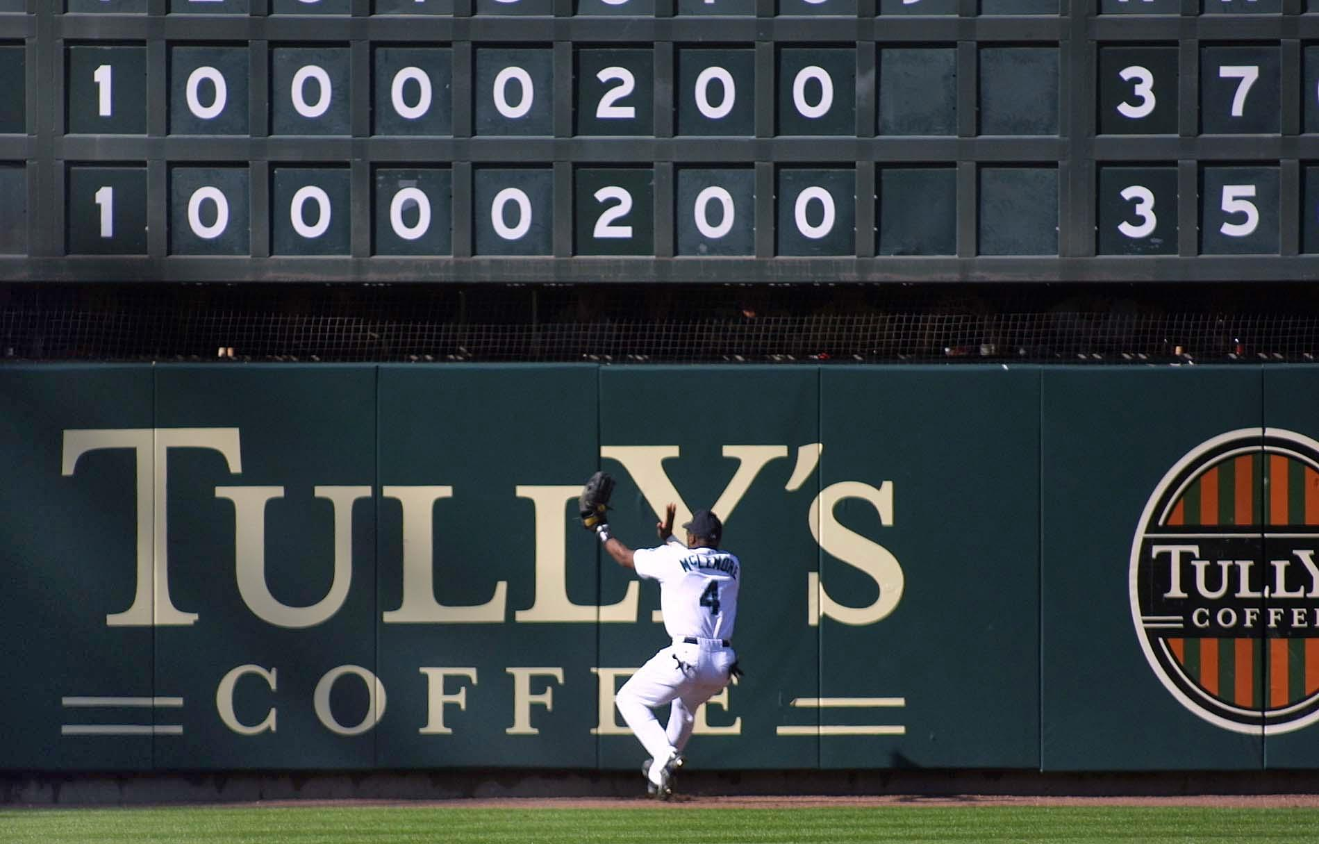 Seattle Mariners Mark McLemore can't get to a Nick
