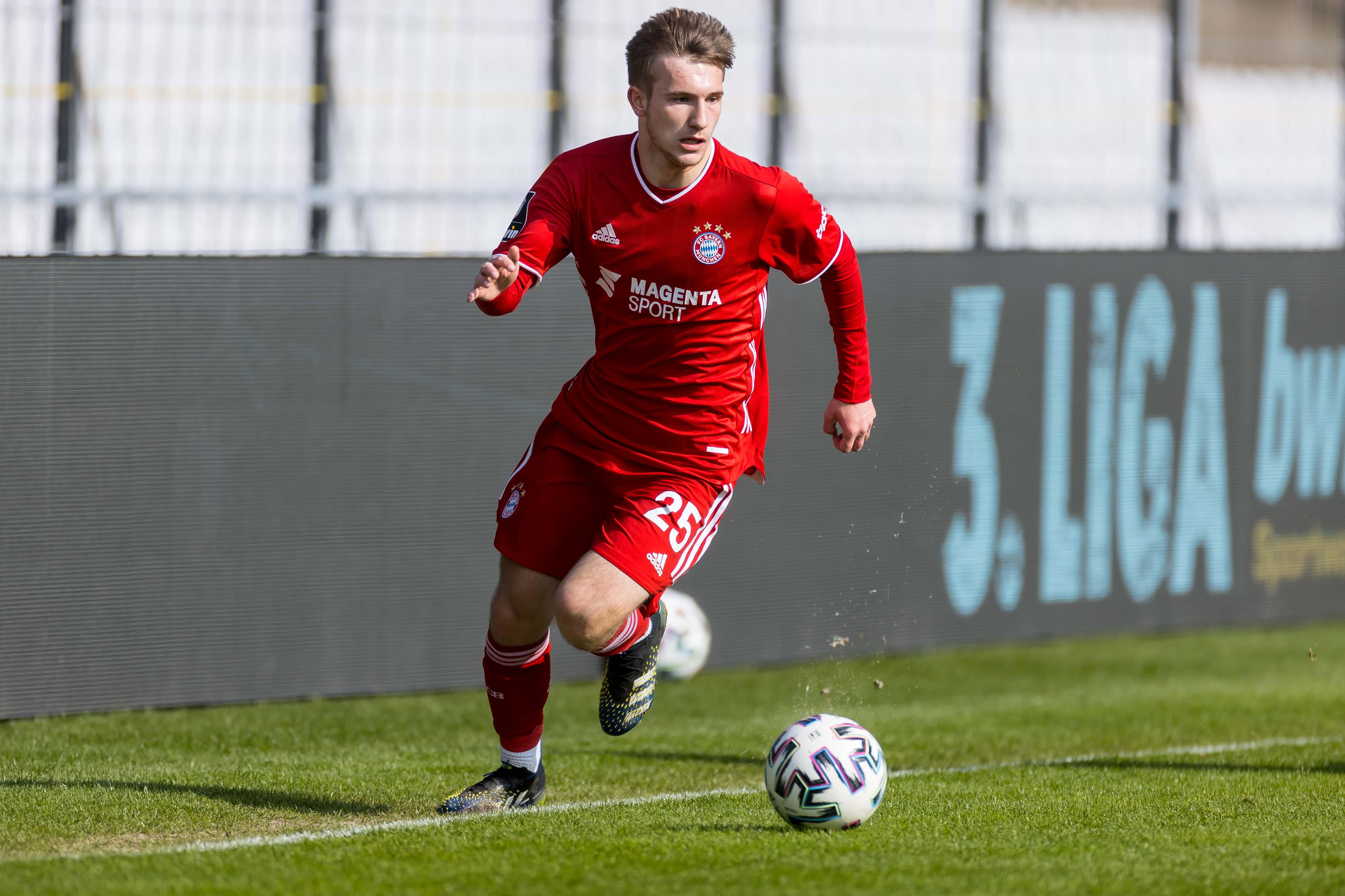 Bayern München II v SV Wehen Wiesbaden - 3. Liga