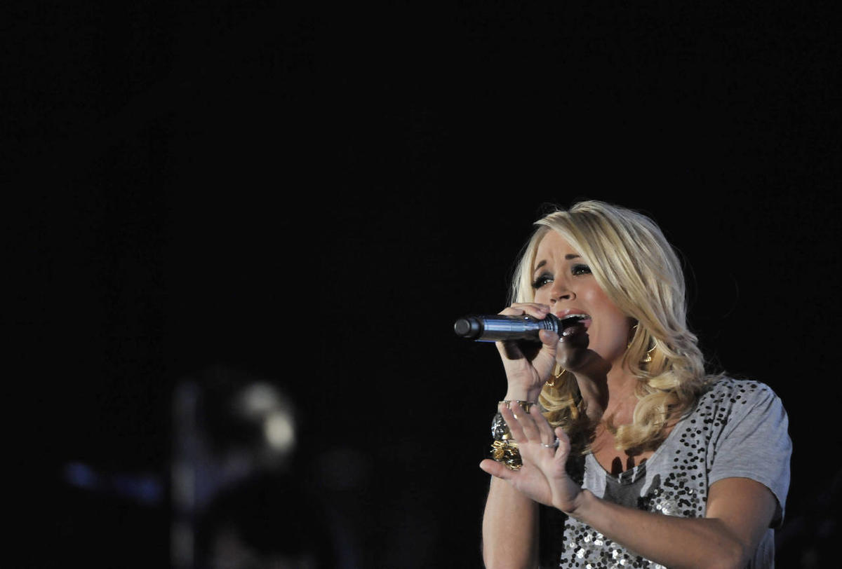 Carrie Underwood sings at Stadium of Fire in 2010.