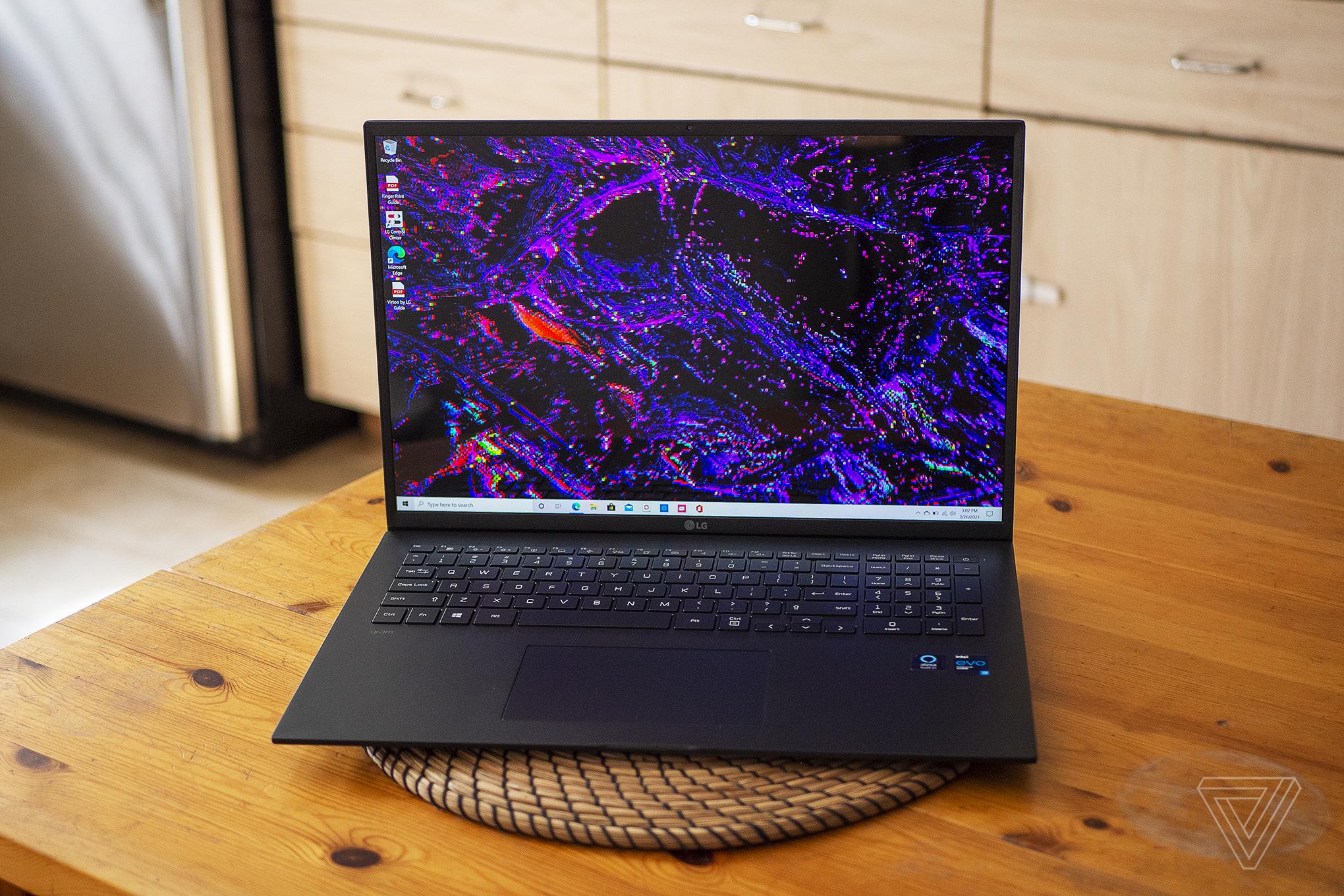 Best Laptop 20201: LG Gram 17