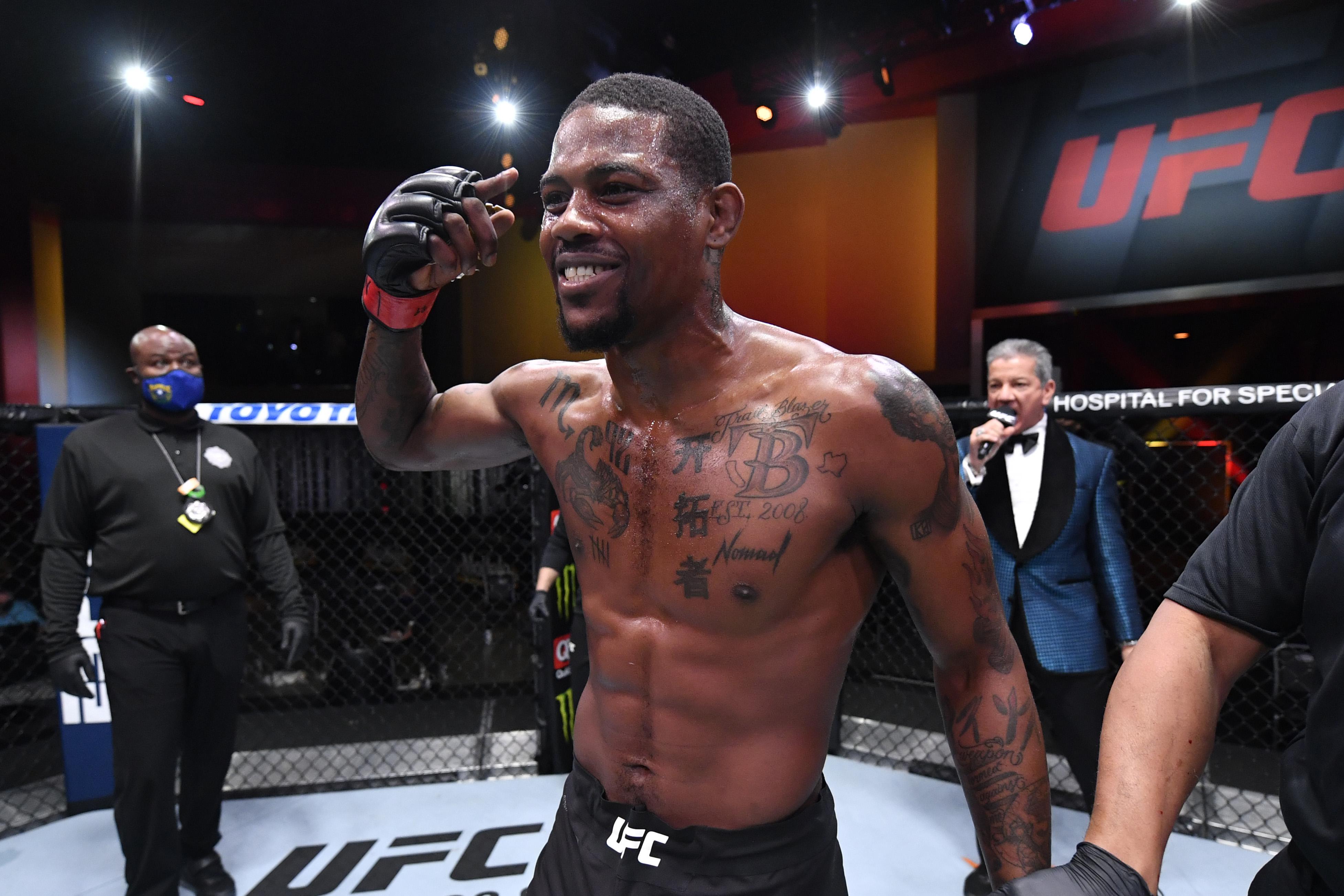 UFC 256:荷兰vs索萨