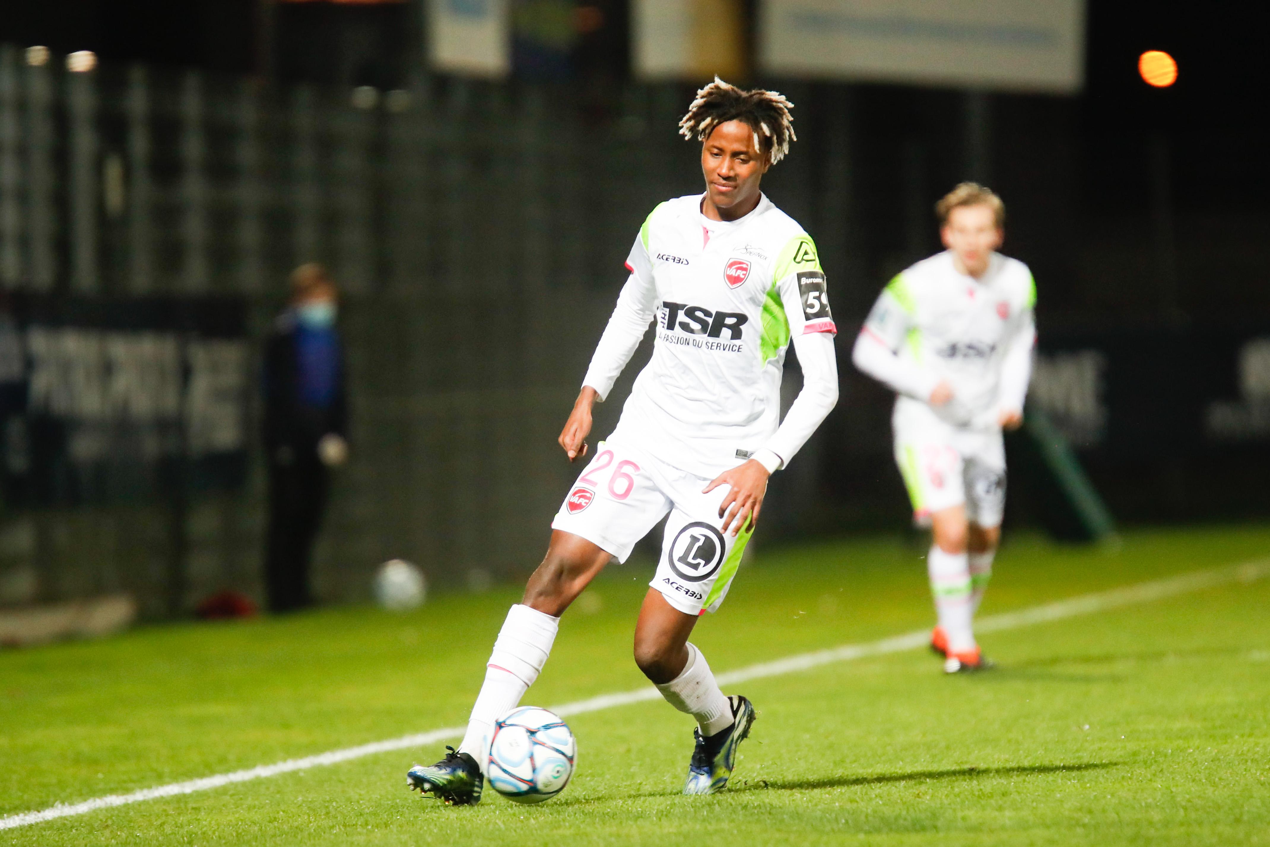 Clermont Foot 63 v Valenciennes Football Club - Ligue 2 BKT