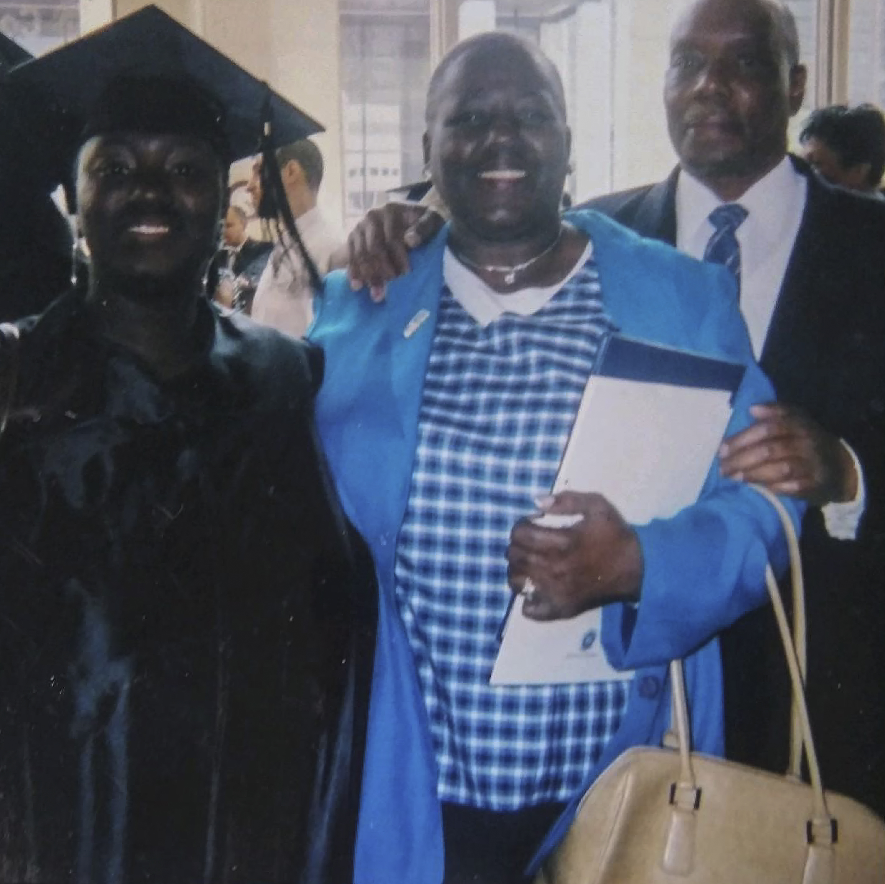 Marisa Taylor with her parents, Laura Taylor Howell and Clifton Howell.