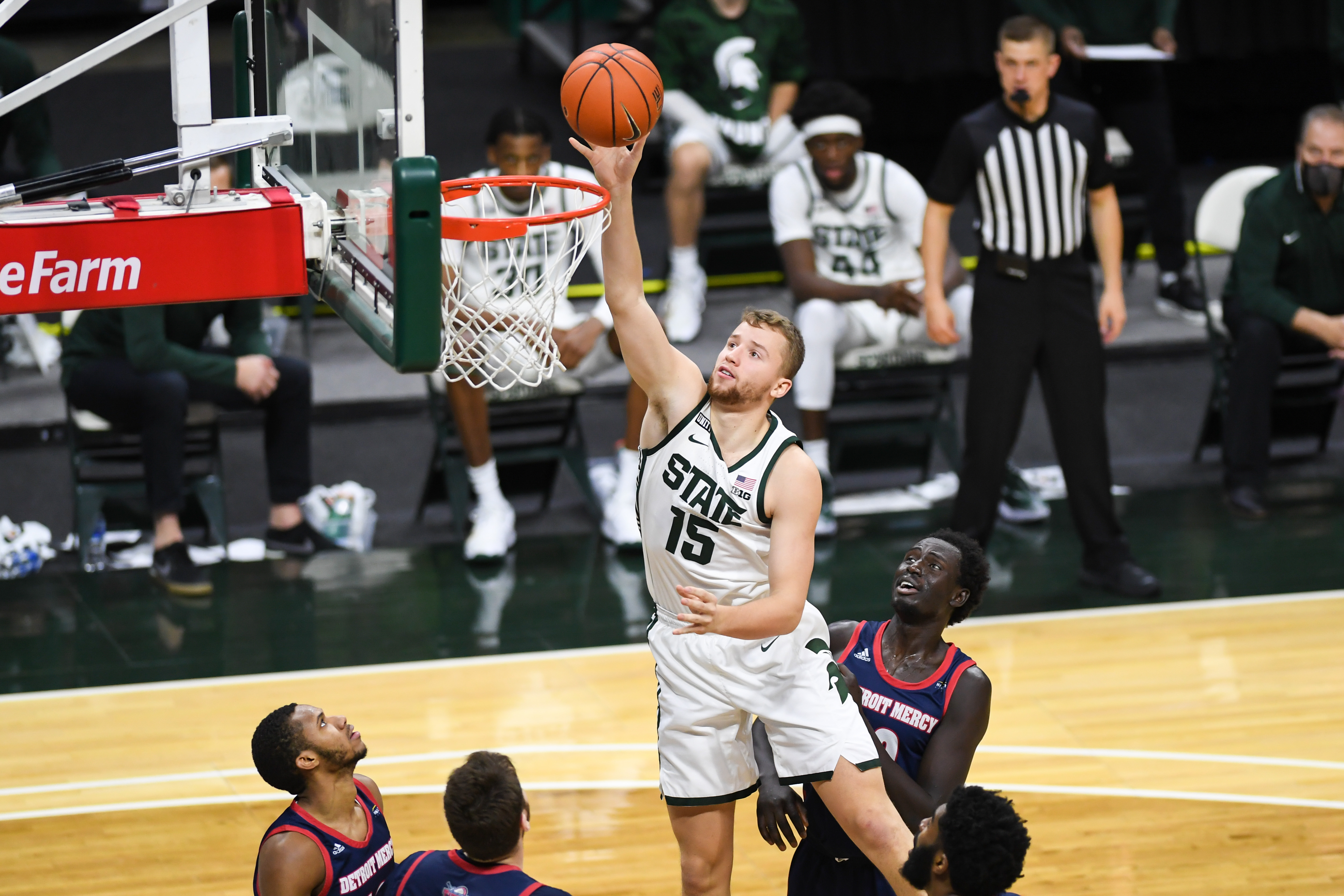 COLLEGE BASKETBALL: DEC 04 Detroit-Mercy at Michigan State