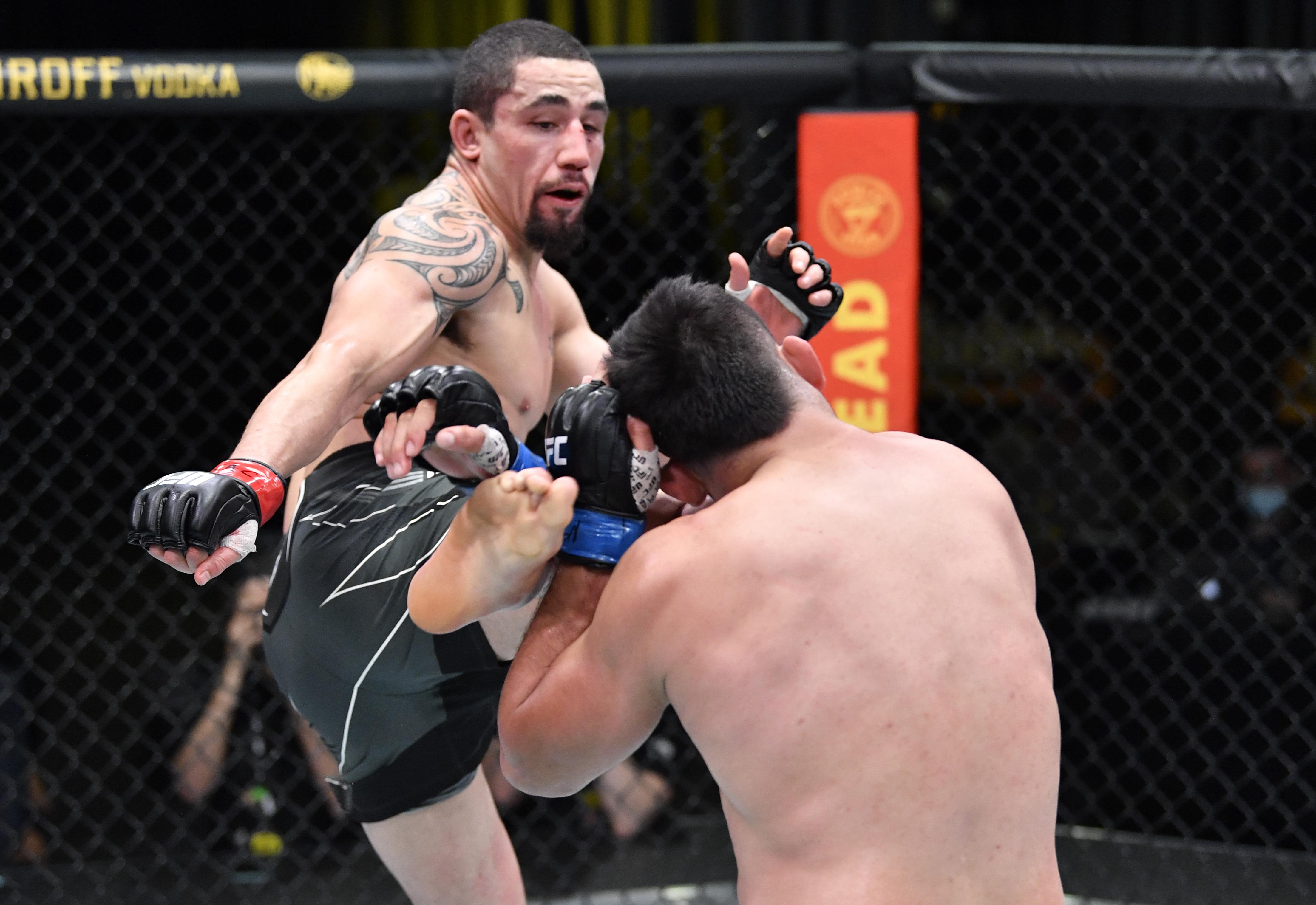 UFC打击夜:Whittaker V Gastelum