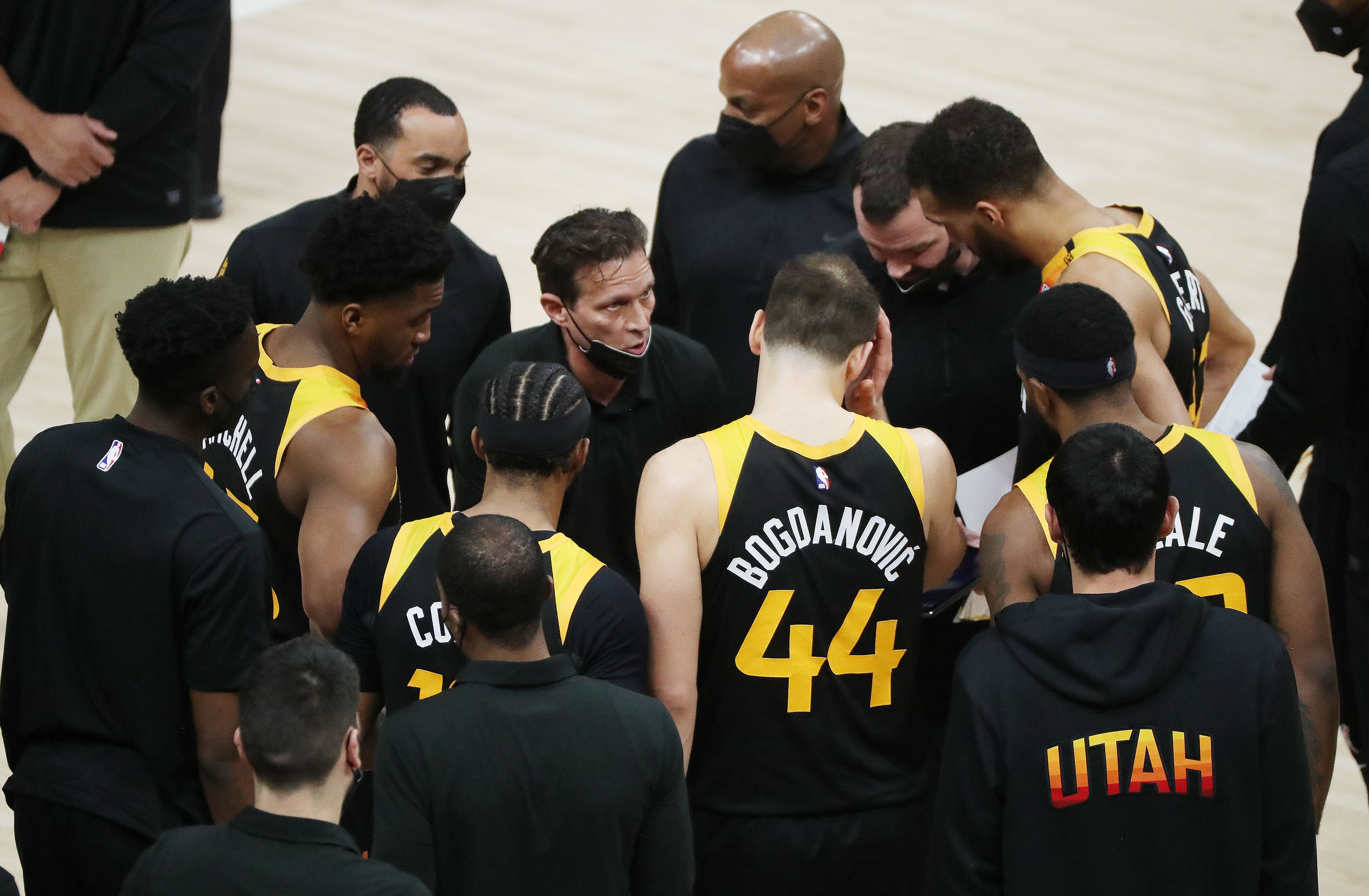 Utah Jazz coach Quin Snyder talks with the team during a timeout in Salt Lake City on Friday, April 2, 2021. The Jazz won 113-106.