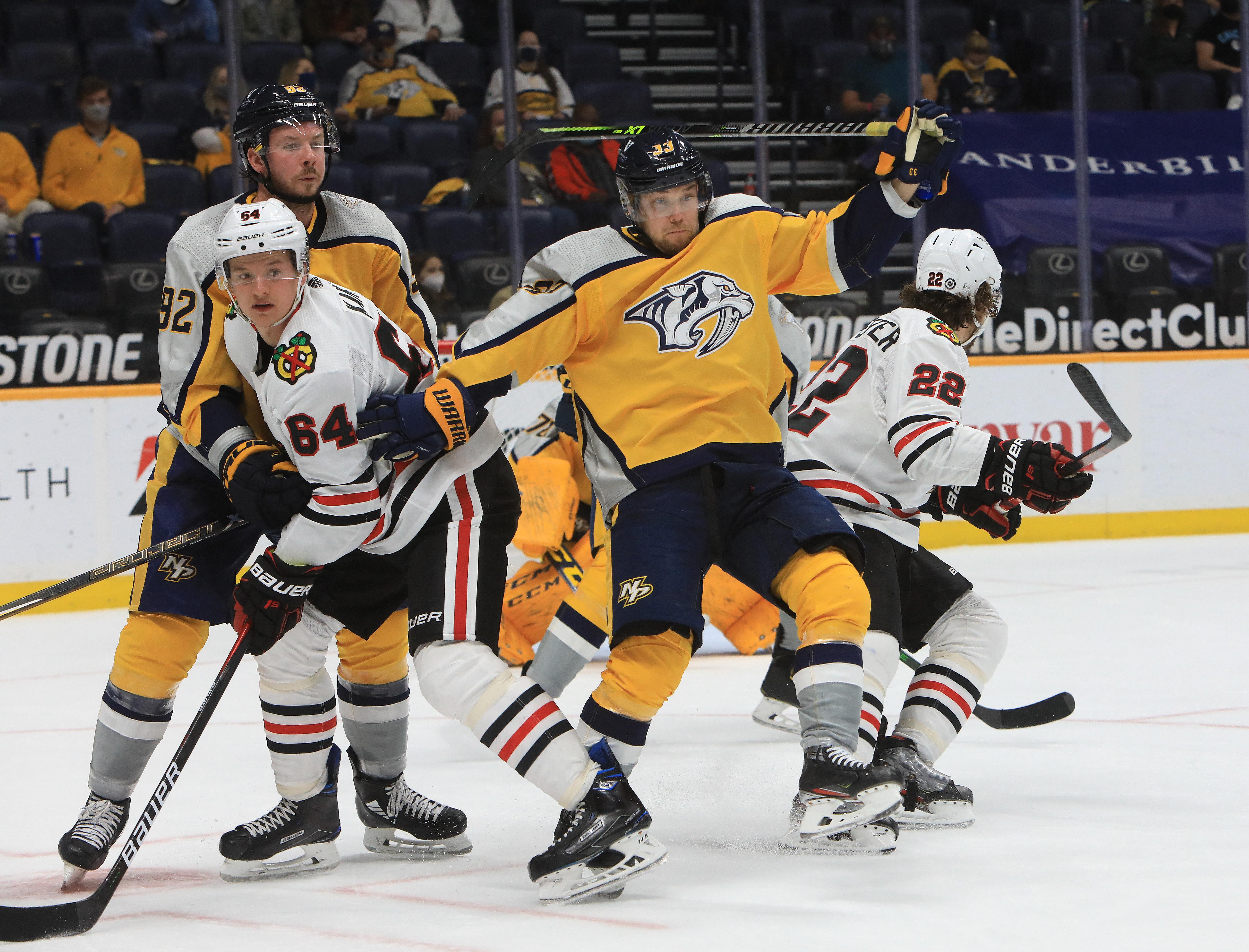 NHL: APR 19 Blackhawks at Predators