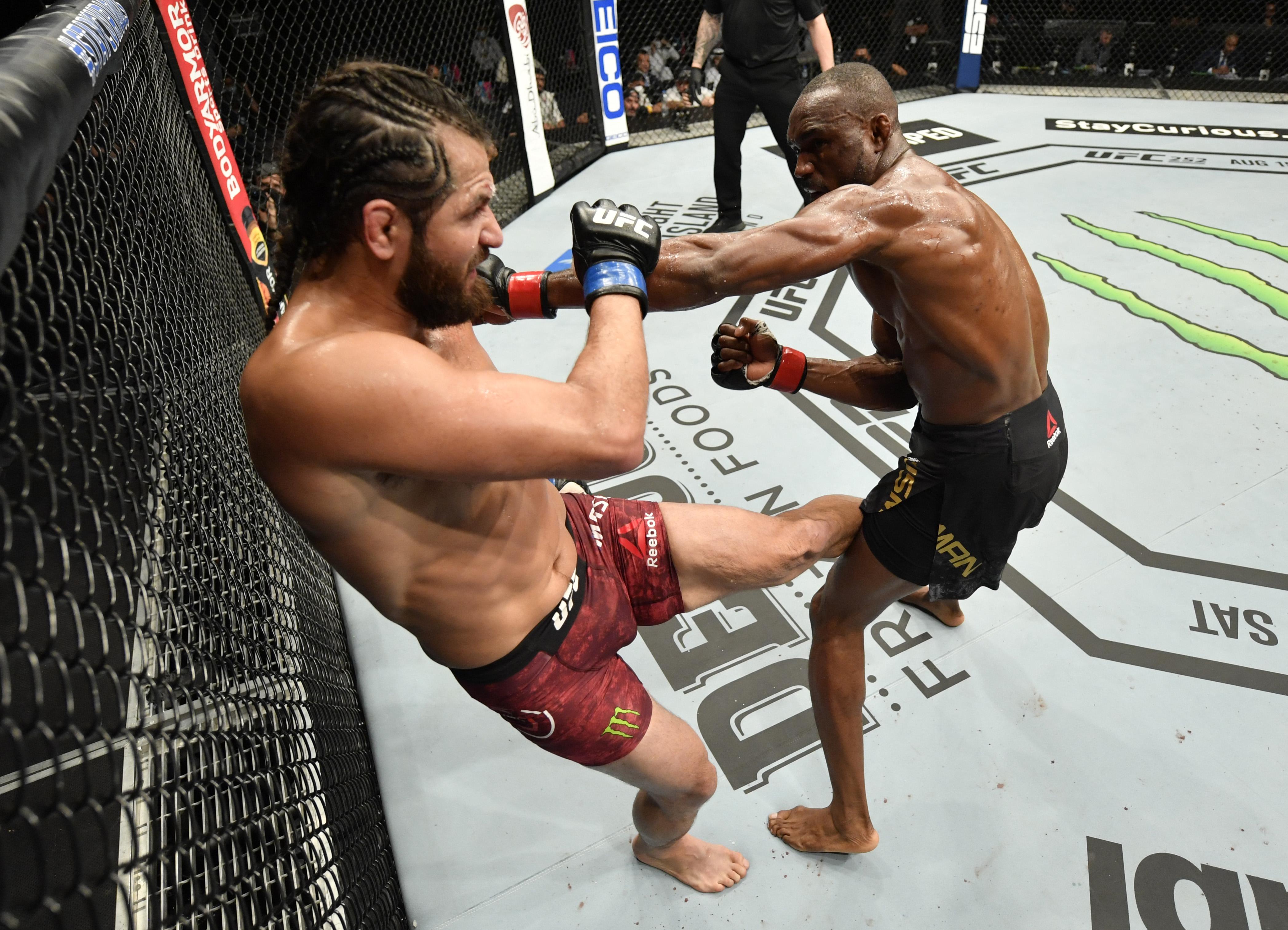 UFC 251:乌斯曼对马斯维达尔