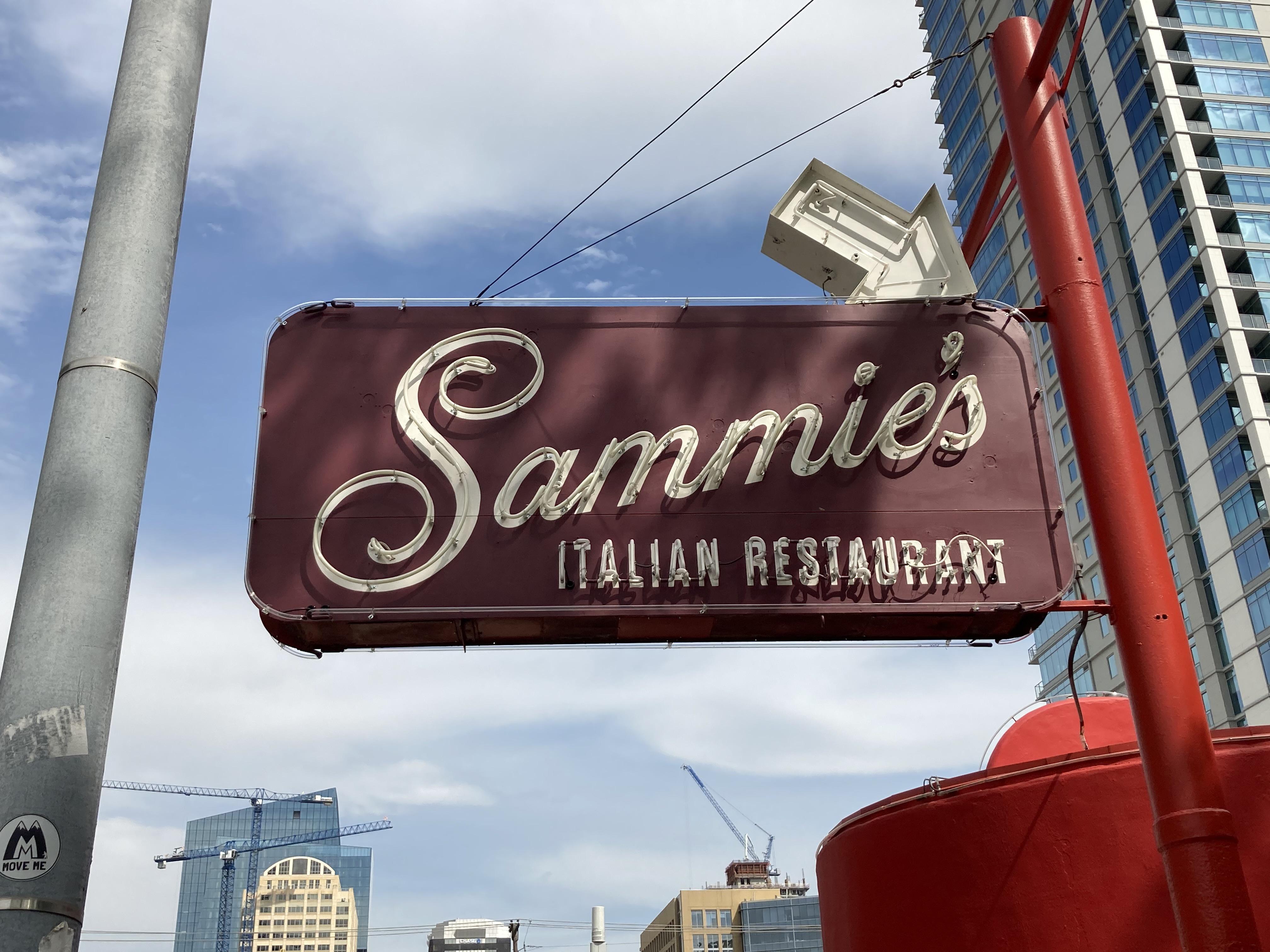 The sign for Sammie's Italian Restaurant