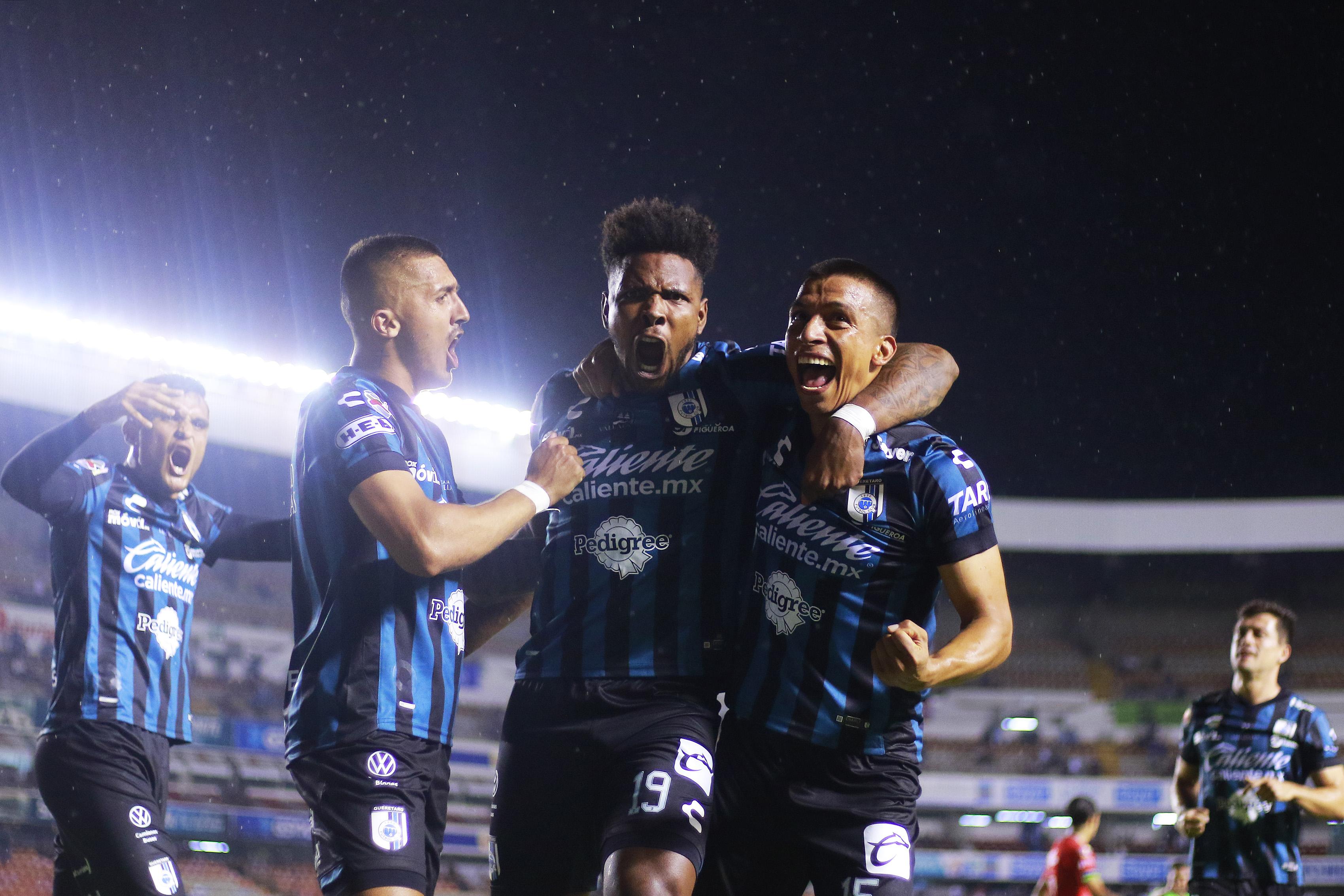 Queretaro v FC Juarez - Torneo Guard1anes 2021 Liga MX