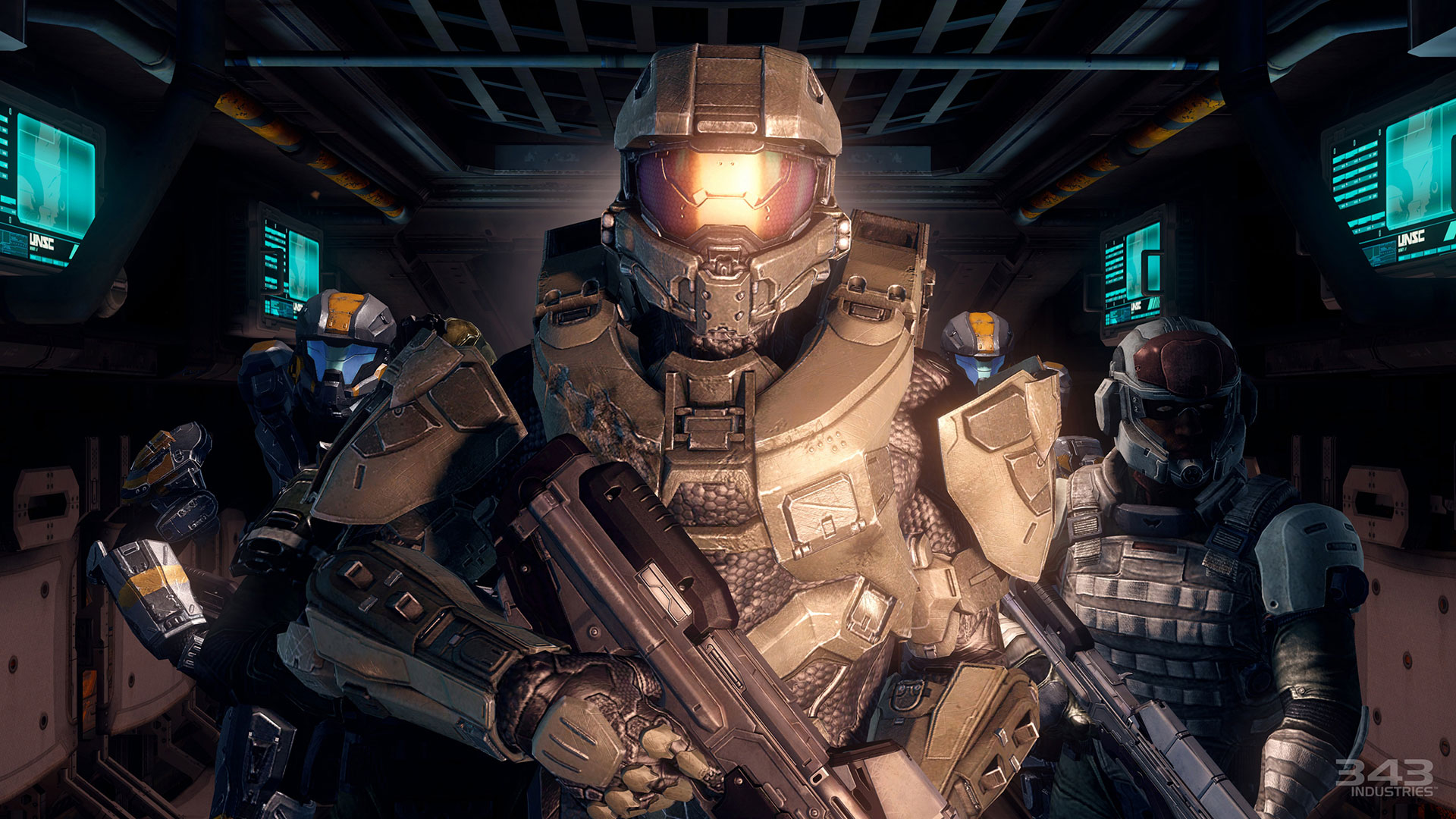 Master Chief and other Spartans in a hallway