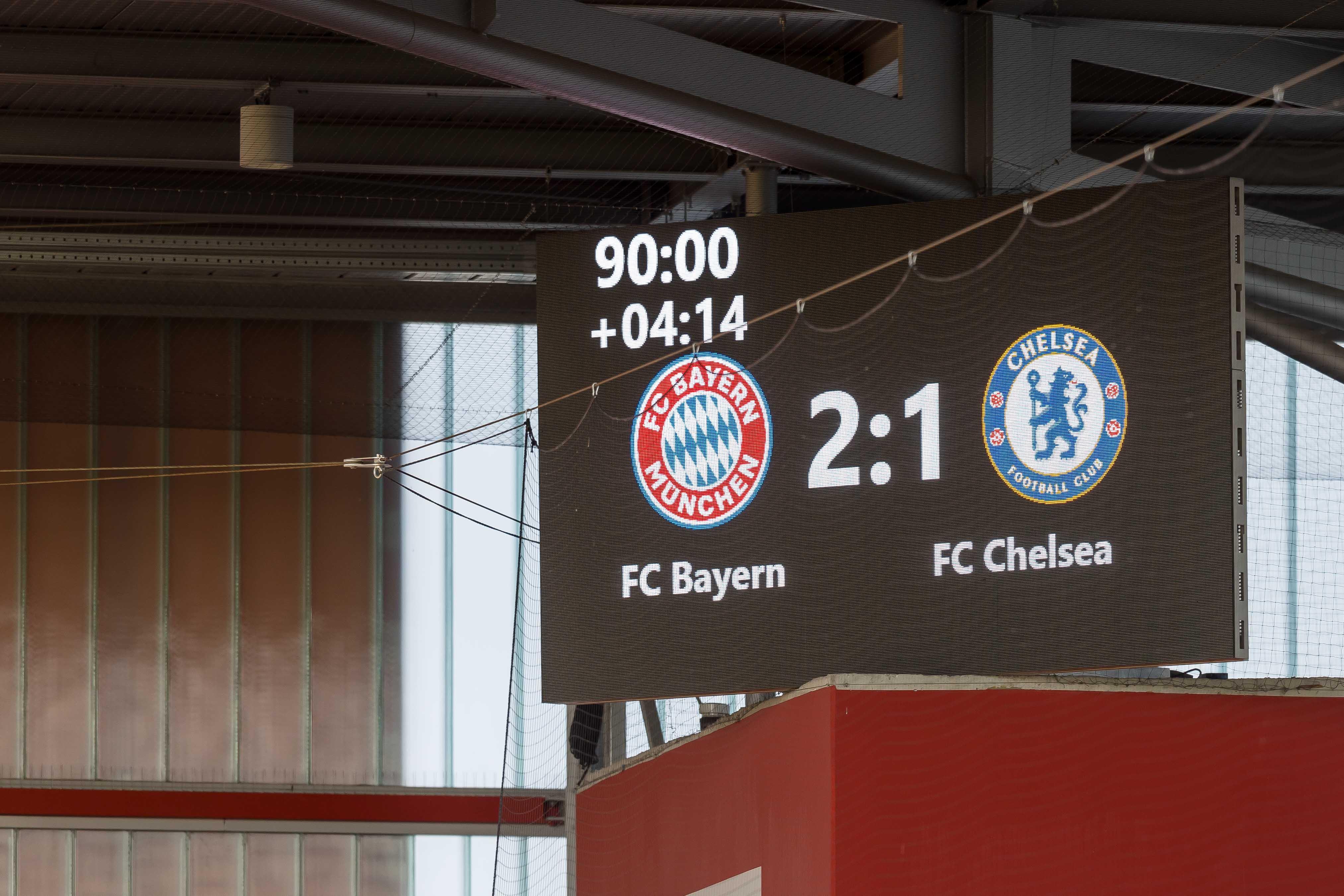 Bayern Munich v Chelsea FC - UEFA Women's Champions League Semi Final: Leg One
