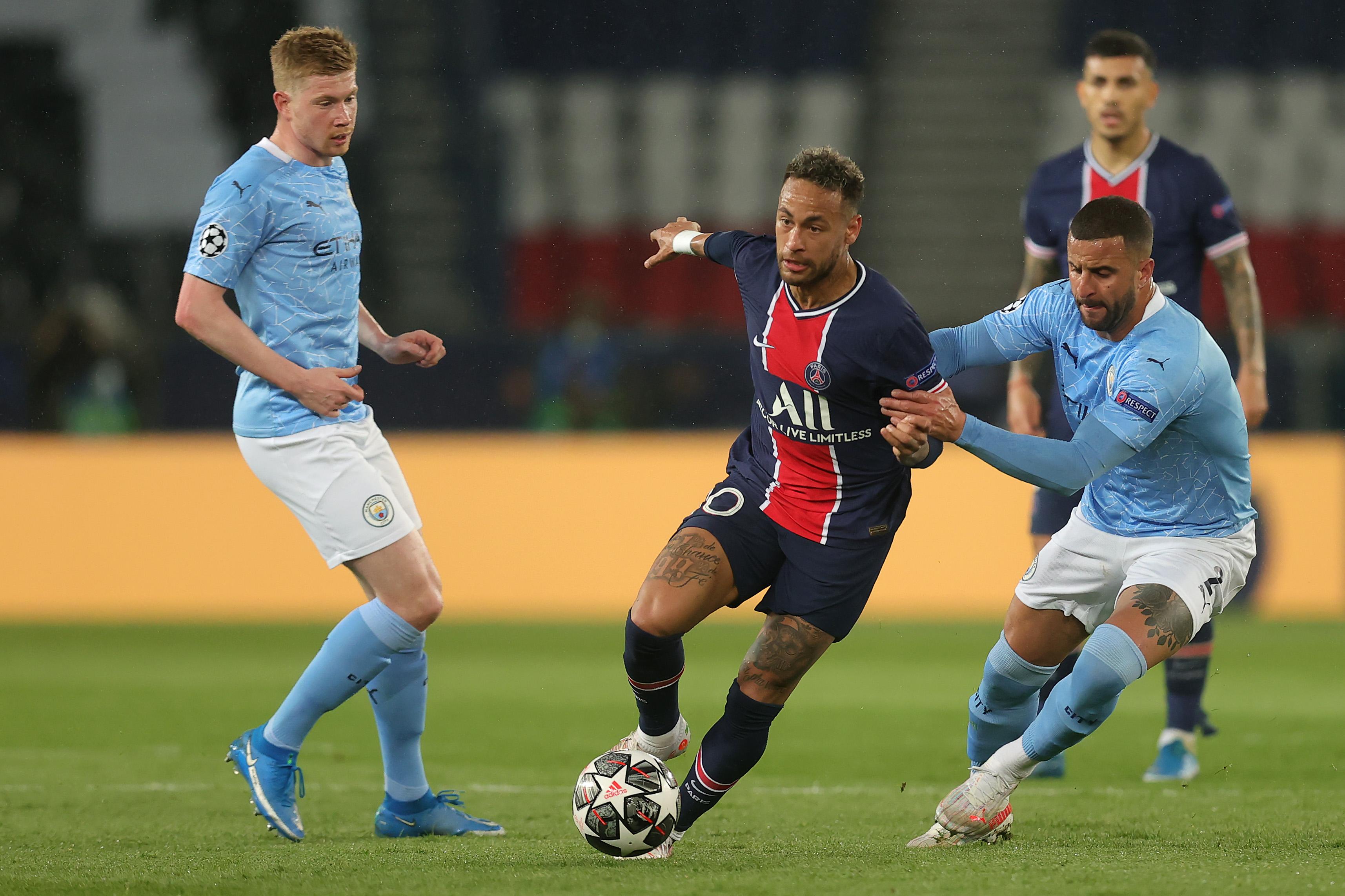 Neymar is challenged by Kyle Walker - Paris Saint-Germain v Manchester City - UEFA Champions League Semifinal